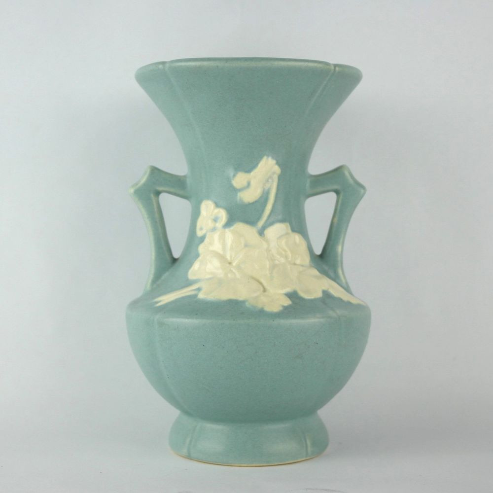 abingdon usa pottery vase of vintage weller cameo blue double handle urn vase matte art deco intended for vintage double handled urn style vase from weller pottery with a matte blue finish and raised white flowers in the cameo pattern weller vintage vase