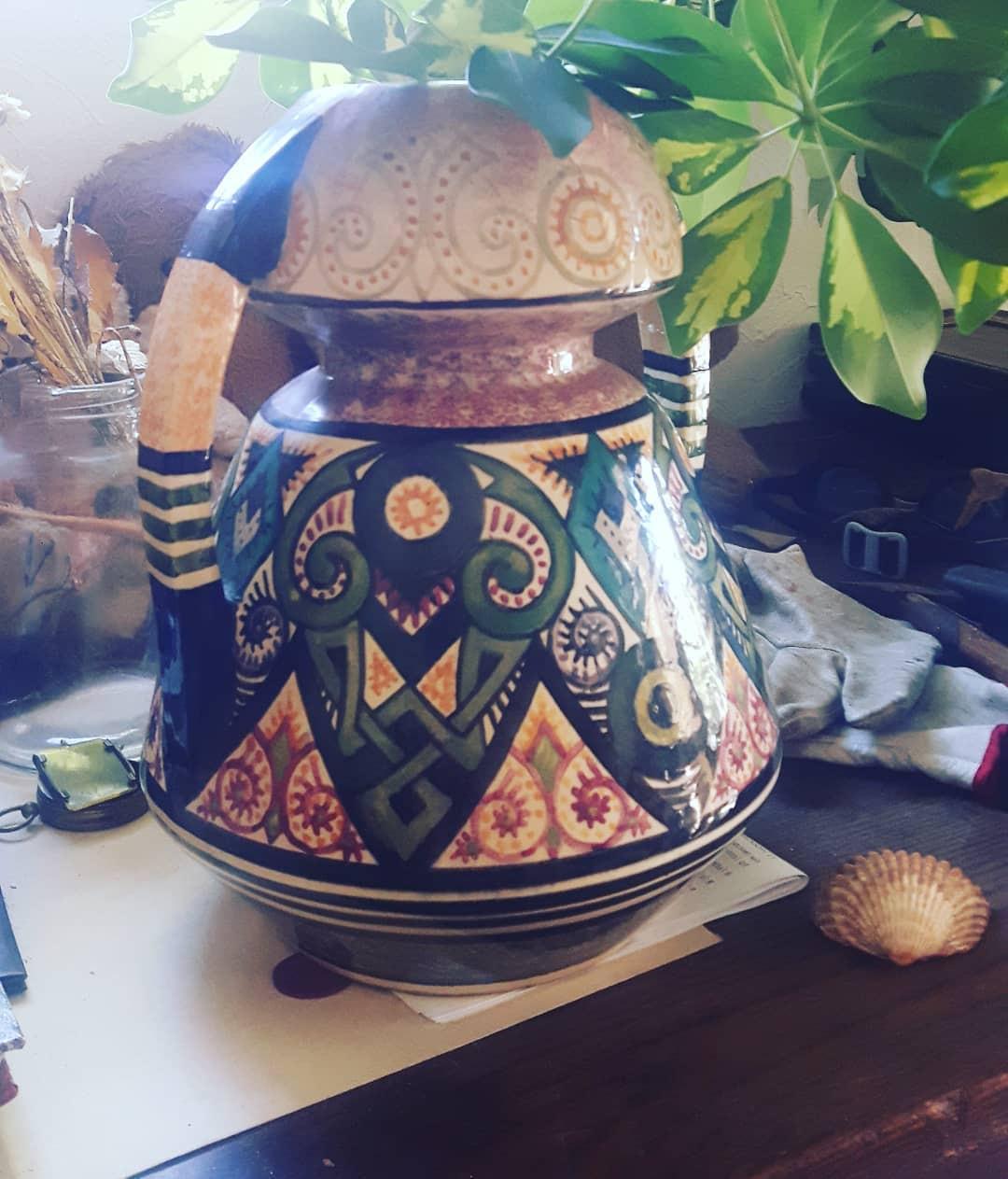 ak kaiser porcelain vase of oldvase hash tags deskgram for vase en faience de quimper signe paul fouillen