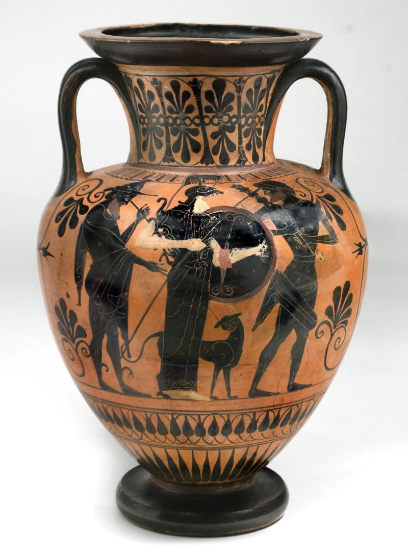 ancient greek vase replicas of attic pottery is the iconic red and black figure pottery produced in inside attic pottery is the iconic red and black figure pottery produced in ancient greece from the 6th to the 4th centuries b c description from phys org