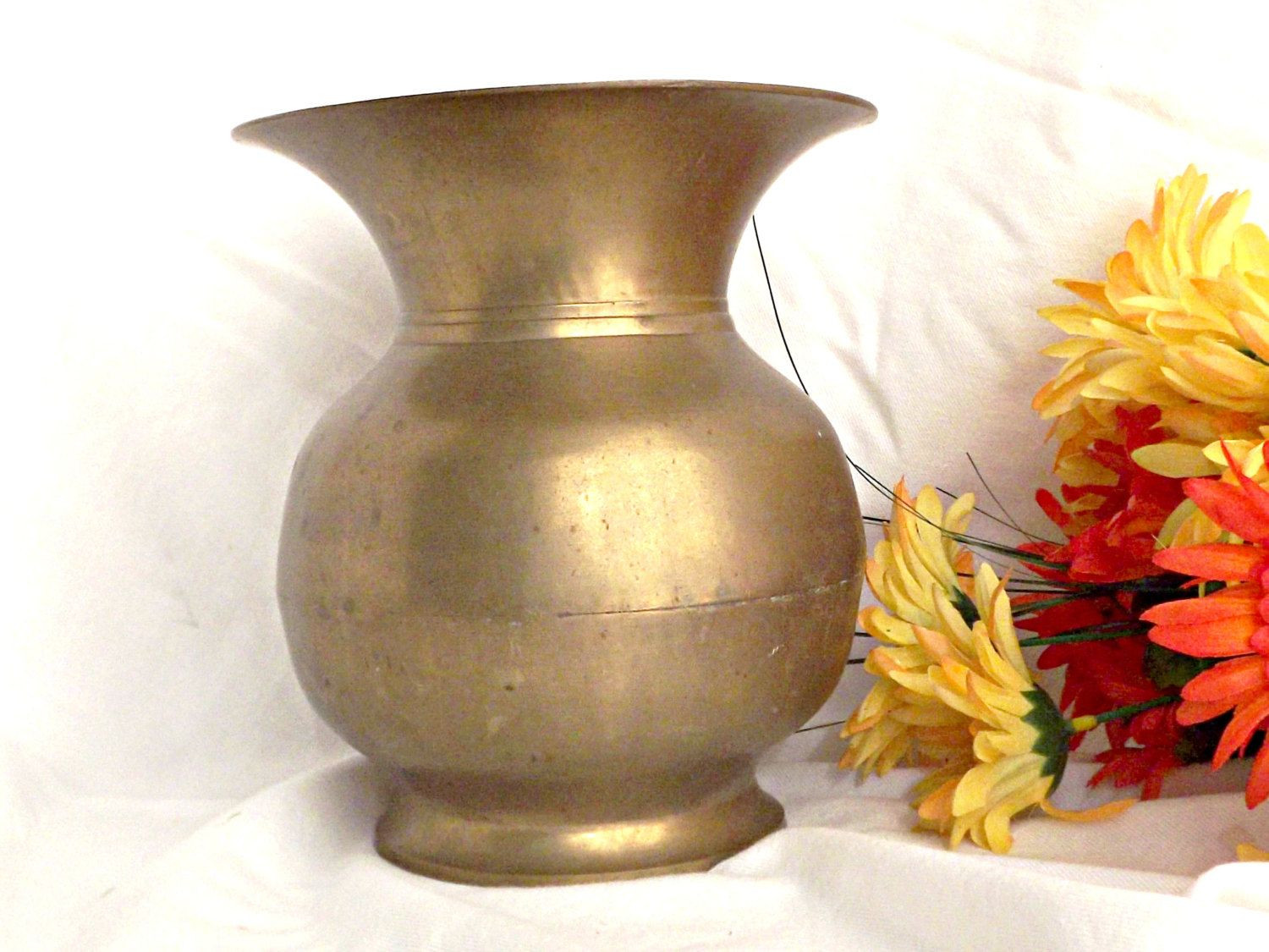 antique brass vase made in india of solid brass vase large brass spittoon vintage decor spittoon throughout solid brass vase large brass spittoon vintage decor spittoon shaped brass vase