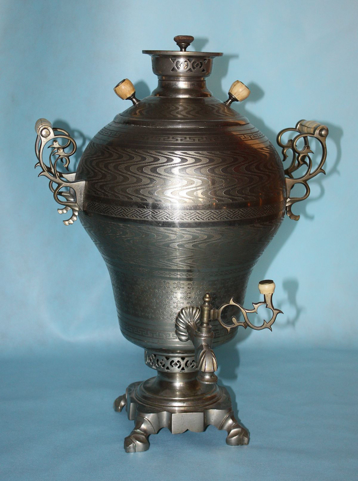 antique bronze vases and urns of samovar wikipedia with 1200px fomin samovar