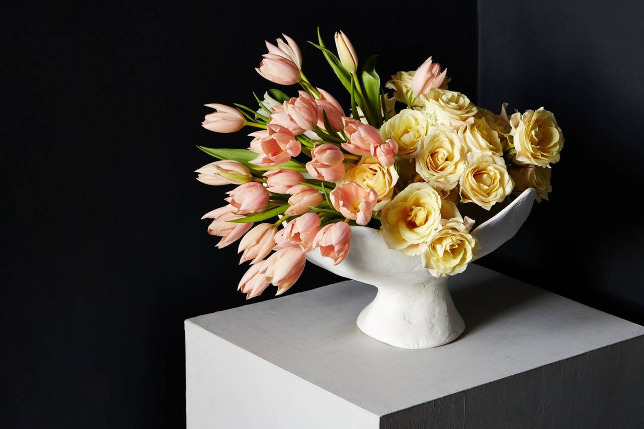 Artificial Flowers In Clear Vases Of Flower Arranging Master Class if An Agnes Martin Painting Were A In Flower Arranging Master Class if An Agnes Martin Painting Were A Bouquet Wsj