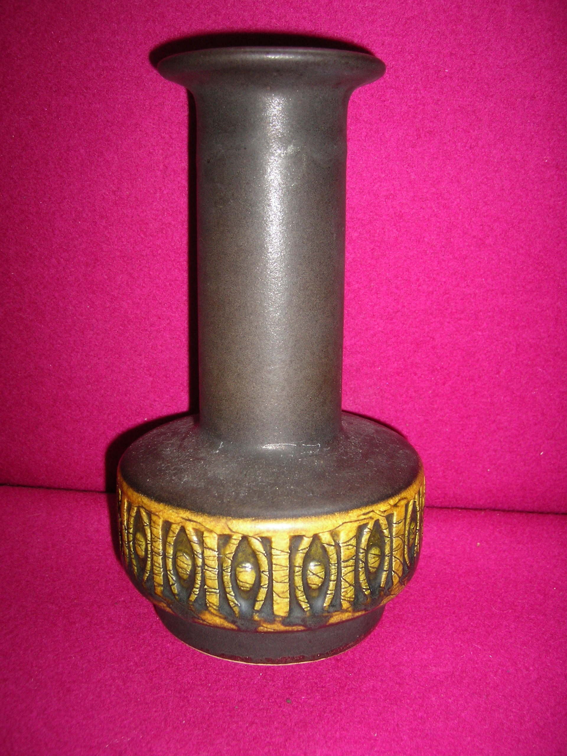12 Wonderful Bay Vase West Germany