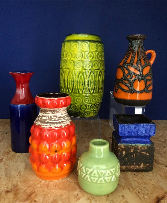 bay vase west germany of baypottery hash tags deskgram with glade farver til en ska¸n loppesa¸ndag i loppehylder ra¸d bla¥ svensk vase 45kr orange