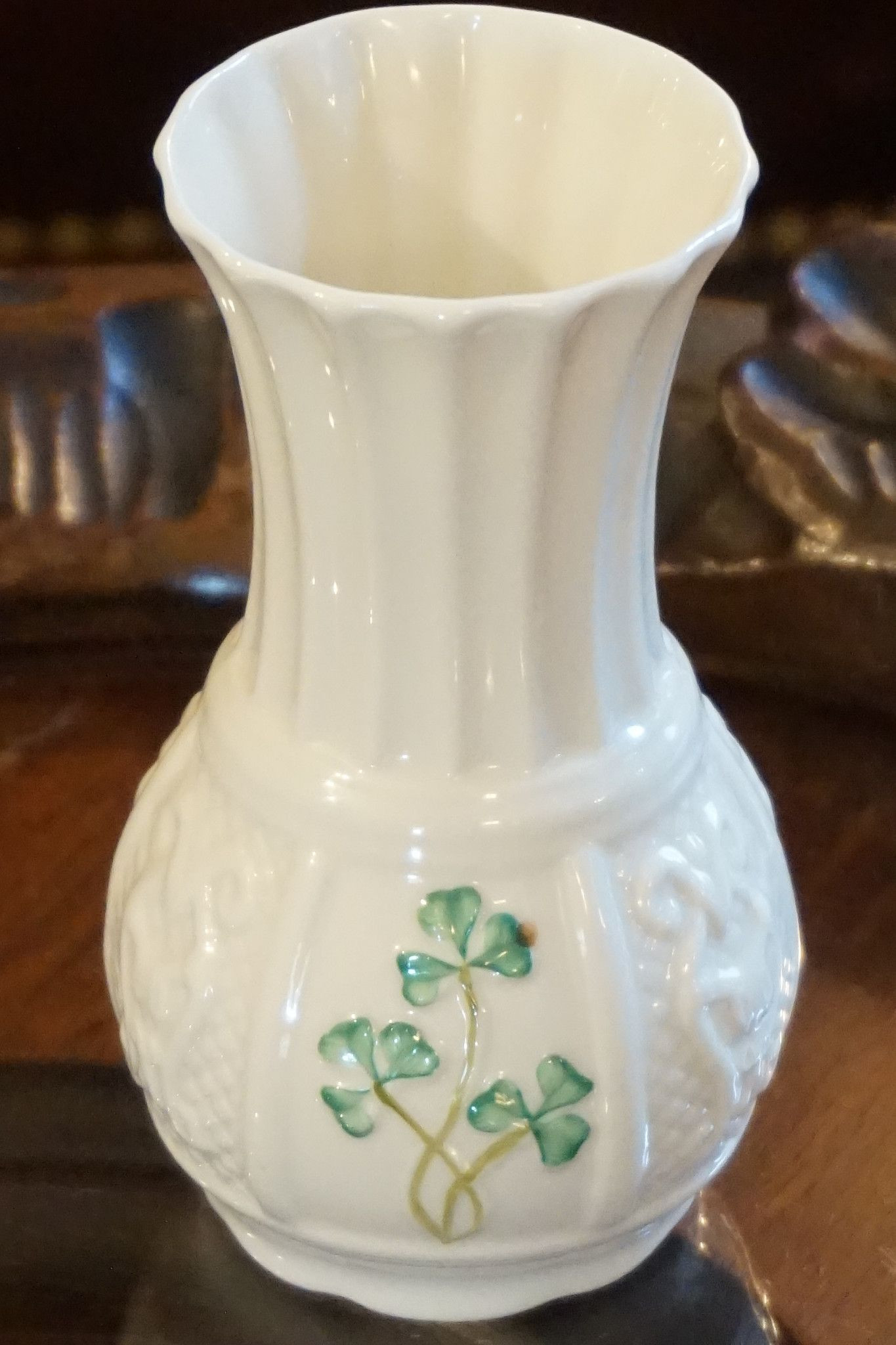 Belleek Tree Trunk Vase Of Belleek Nadine Spill Vase Beeleek Pinterest Vase Ireland and Regarding Belleek Nadine Spill Vase 1989 Made Of Ivory Porcelain with A Handpainted Shamrock Design Please Note the original Packaging is Not Available for