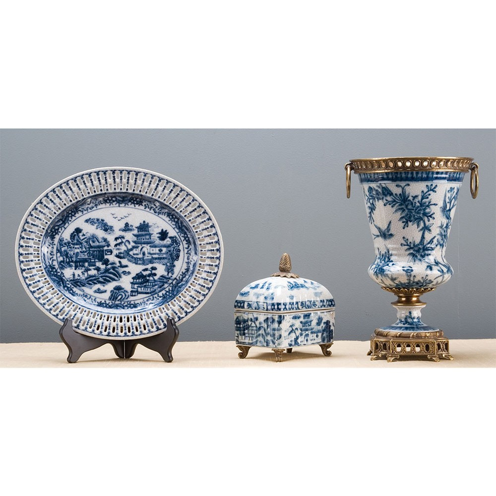 blue and white porcelain flower vase of porcelain vase bronze ormolu brass burl 60296 with regard to porcelain vase bronze ormolu