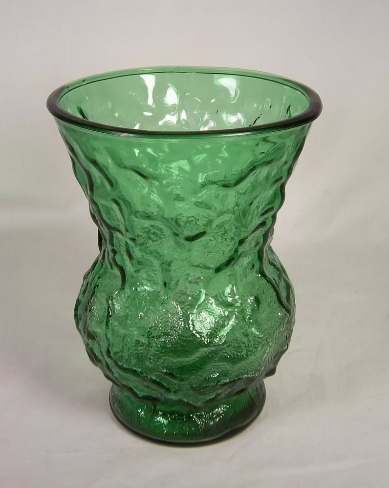 brody co glass vase of beautiful designs excellent condition great for the gree pertaining to e o brody green glass crinkle design flower vase w wide mouth g109 8 tall