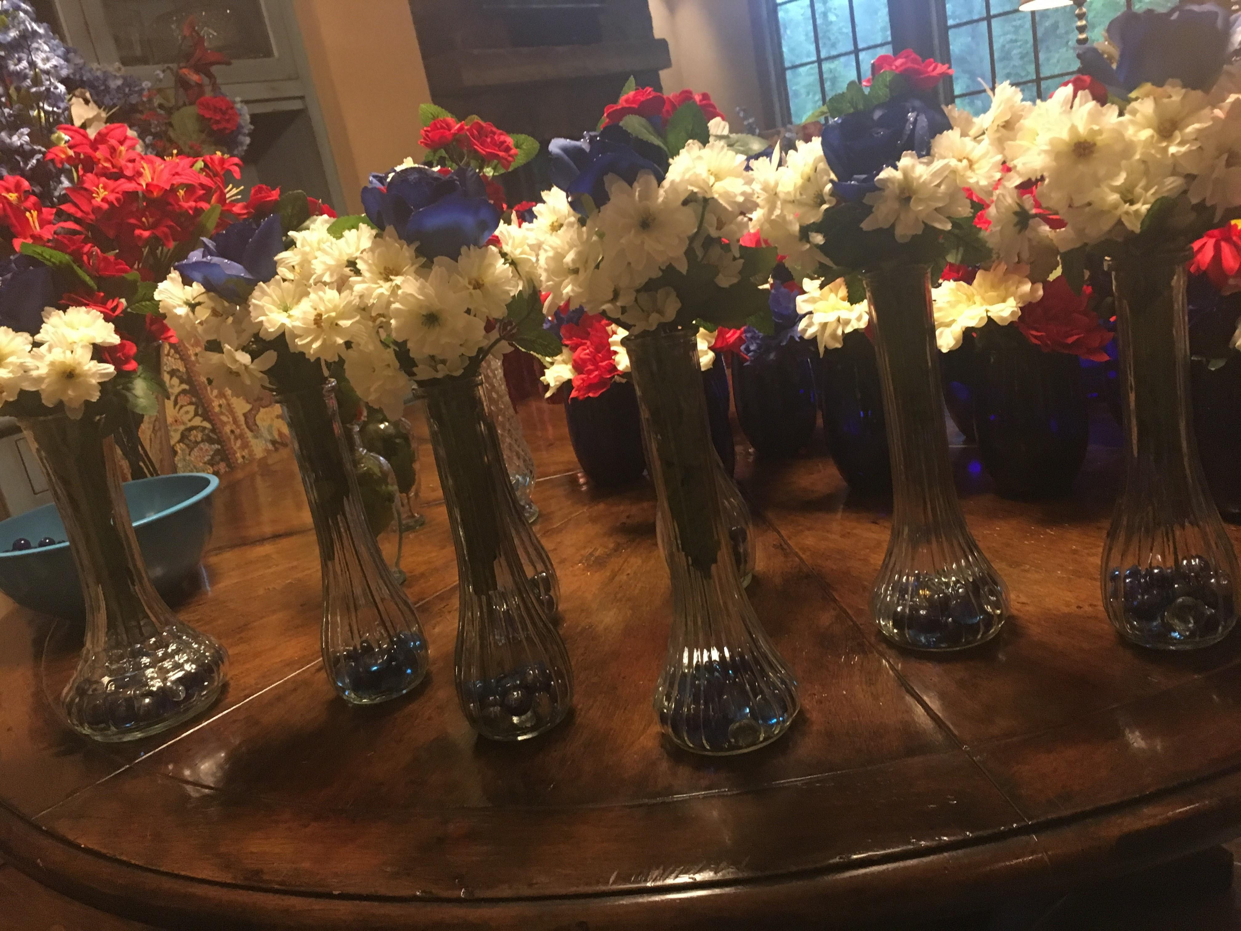 29 Perfect Bud Vase Flowers