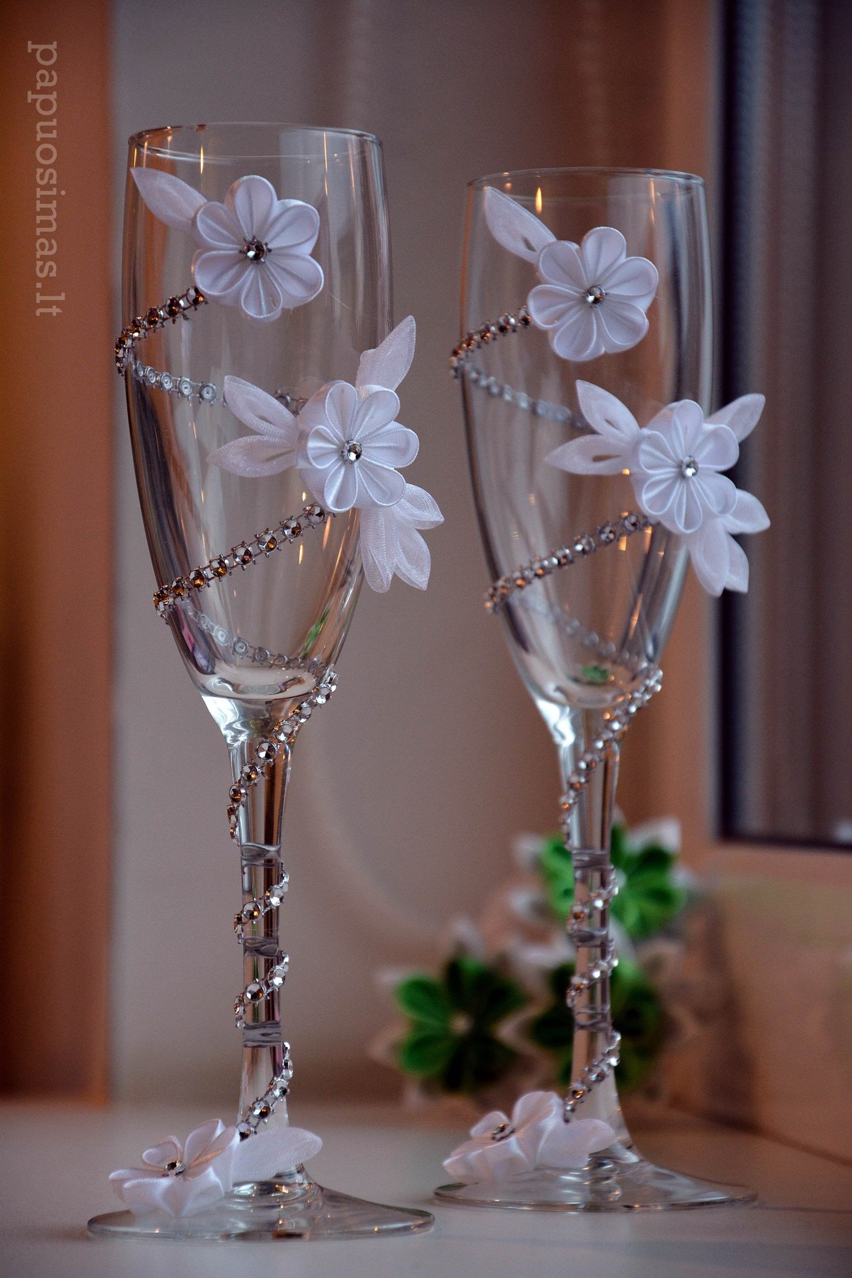 champagne flutes with vase holder of zdobena skleniaek wedding floral ideas pinterest wedding pertaining to zdobena skleniaek wedding crafts wedding decorations wedding centerpieces wedding favors wine glass