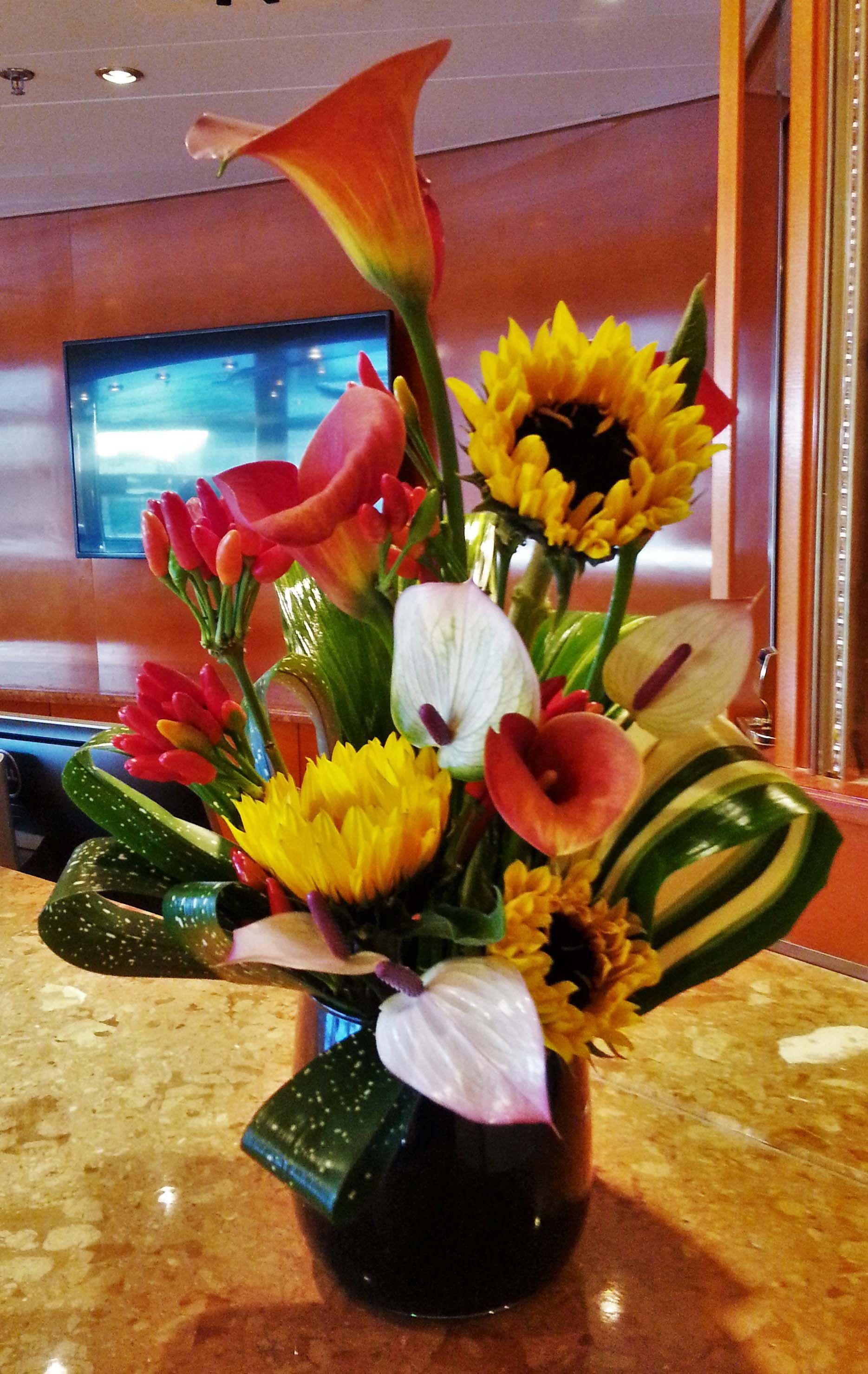 chandelier vase centerpiece of 21 flower arrangement in vase the weekly world for 3 od sunflower orange calla lily pink anthurium chilli peppers