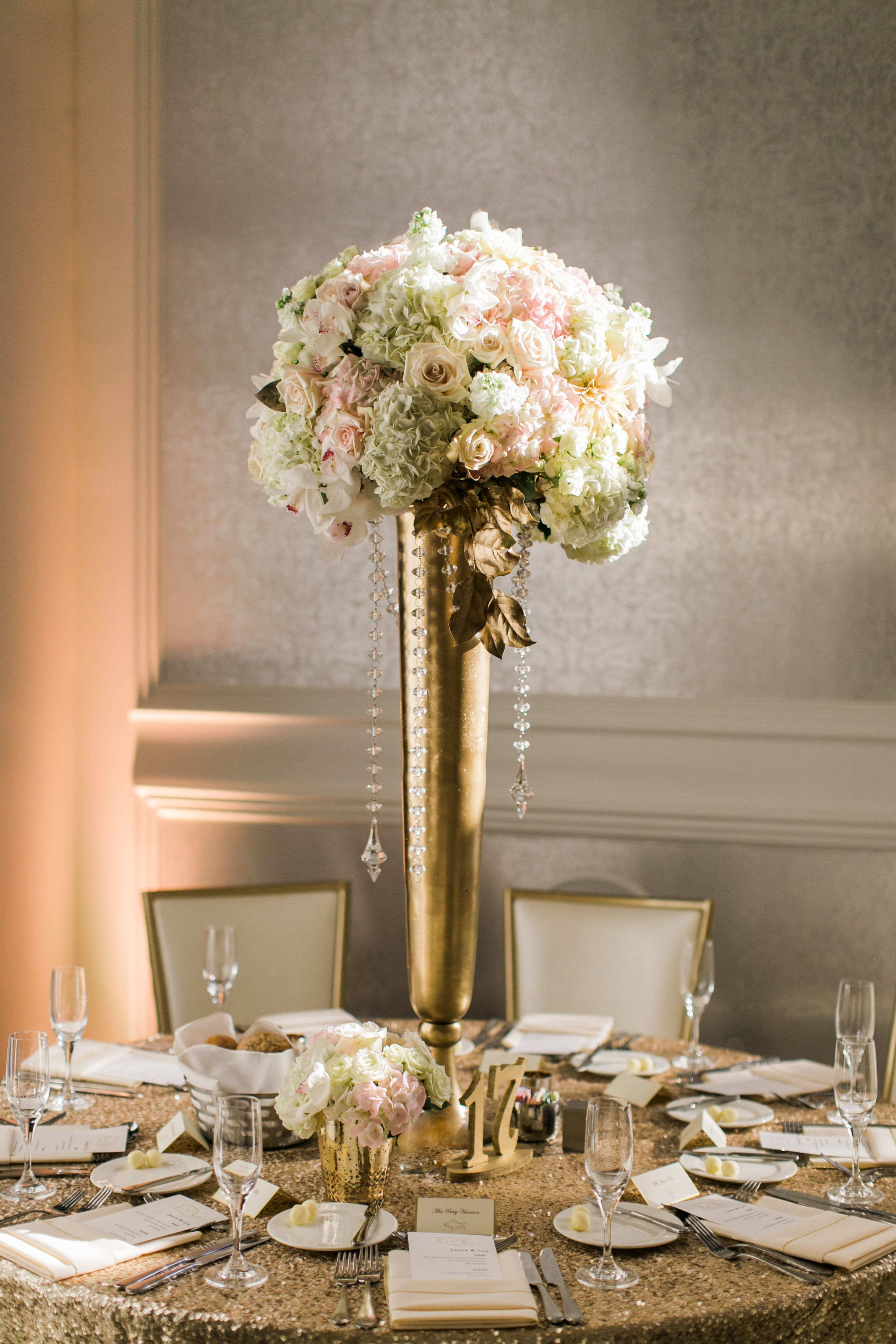 21 Stunning Cheap Gold Vases for Centerpieces
