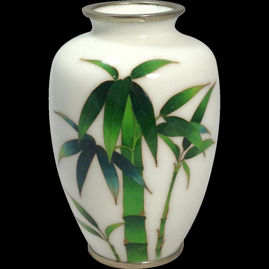 chinese cloisonne vase value of this lovely japanese cloisonna vase personifies elegance it is intended for this lovely japanese cloisonna vase personifies elegance it is simple and clean it predates