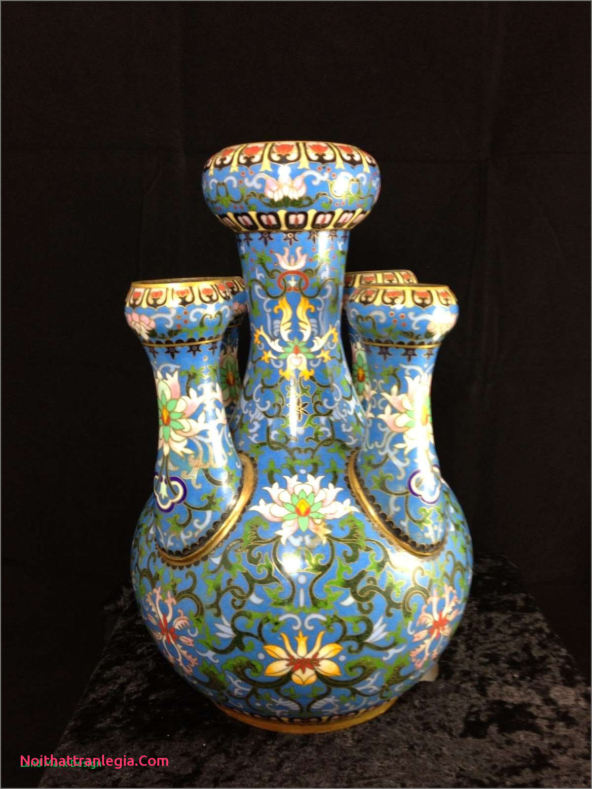 chinese enamel vase of 20 chinese antique vase noithattranlegia vases design intended for 213 1h vases antique asian the increased trade of chinese ware during 16th century has significantly