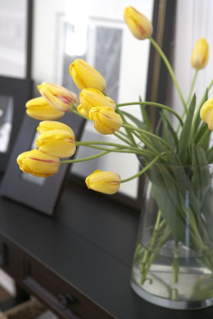 corner flower vase online of 224 best these are for you images on pinterest floral arrangements pertaining to happy tulips