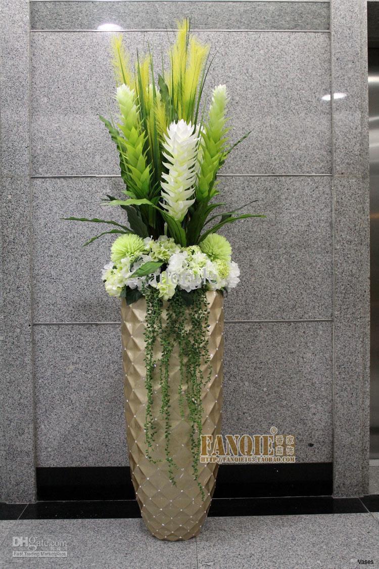 25 attractive Decorative Glass Rocks for Vases