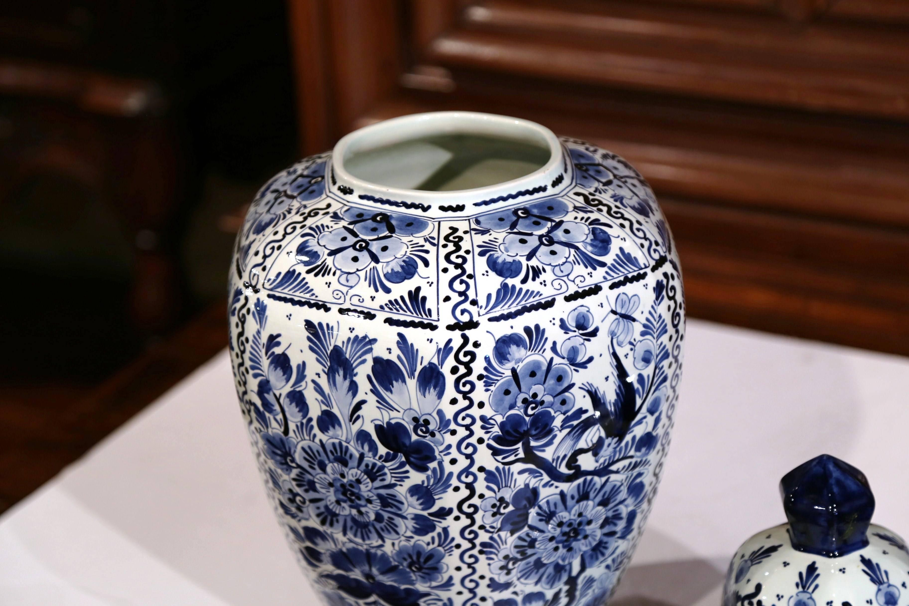 delft holland vase of large mid 20th century dutch blue and white faience delft ginger jar inside large mid 20th century dutch blue and white faience delft ginger jar with top at 1stdibs