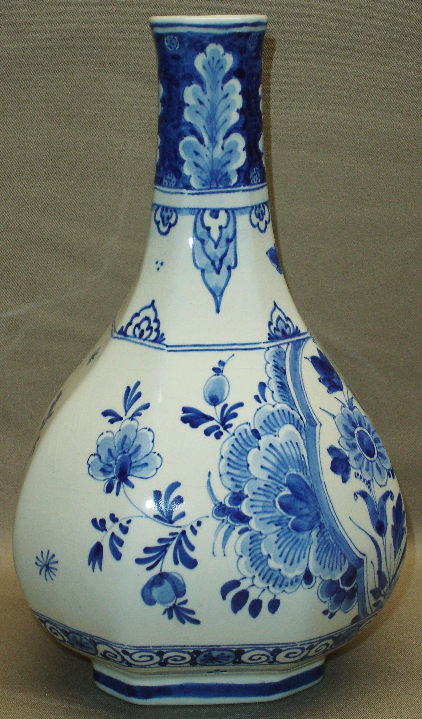 delft vase holland of delfs blauwe vaas delfts blauw pinterest delft porcelain regarding delfs blauwe vaas
