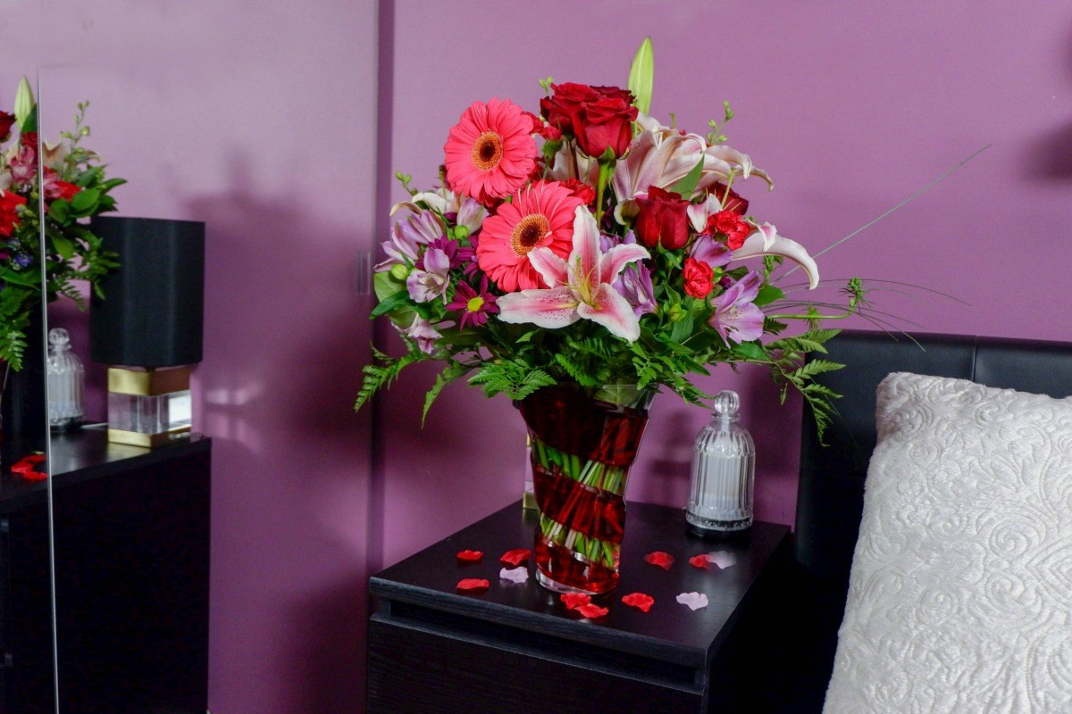 Empty Vase Florist Los Angeles Ca Of Celebrate with Beautiful Valentines Flowers From Teleflora with Regard to Valentines Flowers