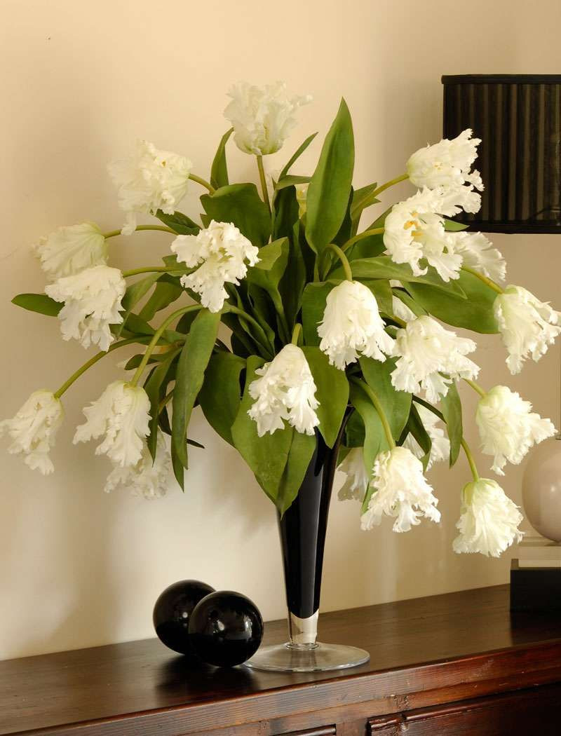 20 Stylish Fake Flower Vase Ideas
