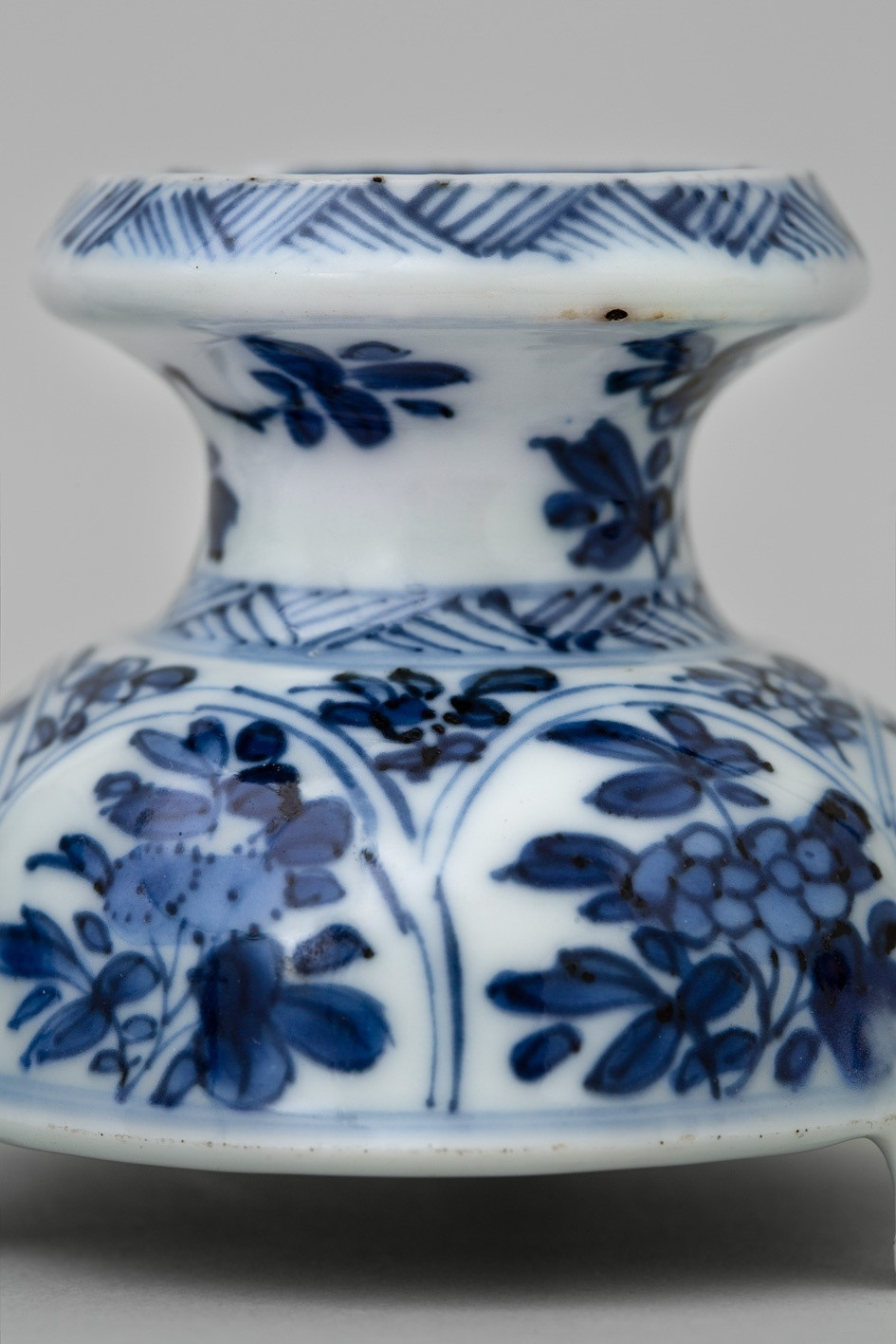 Fine China Vase Made In Japan Of A Pair Of Chinese Salt Cellars Kangxi 1662 1722 Probably before with A Pair Of Chinese Salt Cellars