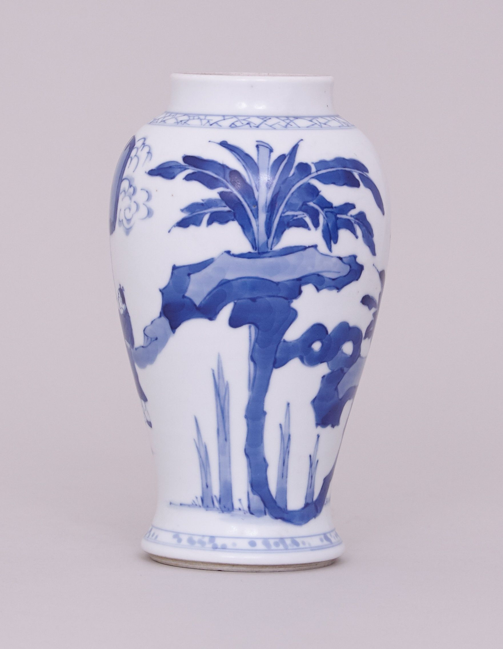 Fine China Vase Of Blue White Vase Lovely A Chinese Blue and White Vase Kangxi 1662 Inside Blue White Vase Lovely A Chinese Blue and White Vase Kangxi 1662 1722