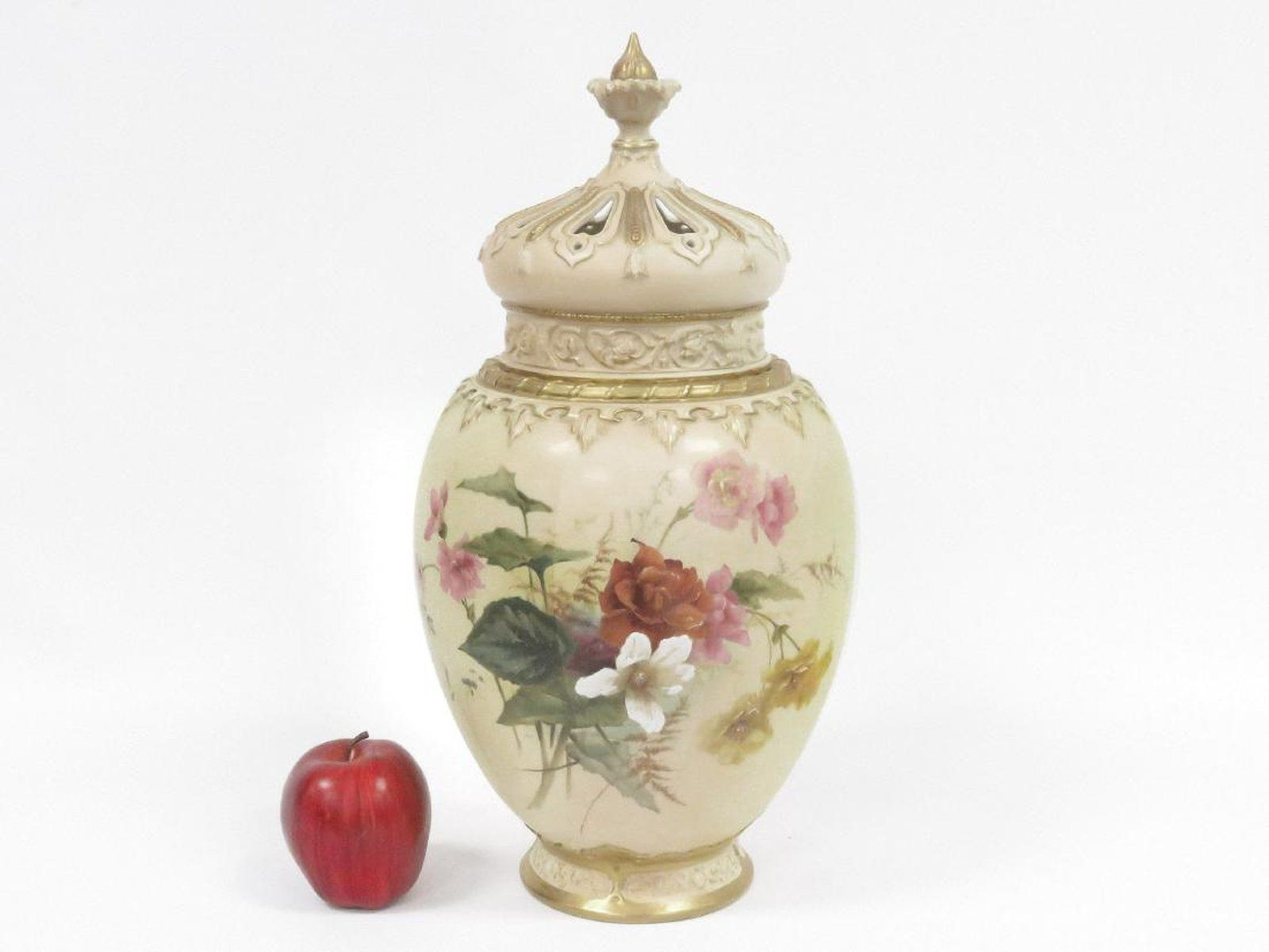 Fine China Vase Of Royal Worcester Decorated Porcelain Potpourri Vase Royal Intended for Royal Worcester Decorated Porcelain Potpourri Vase