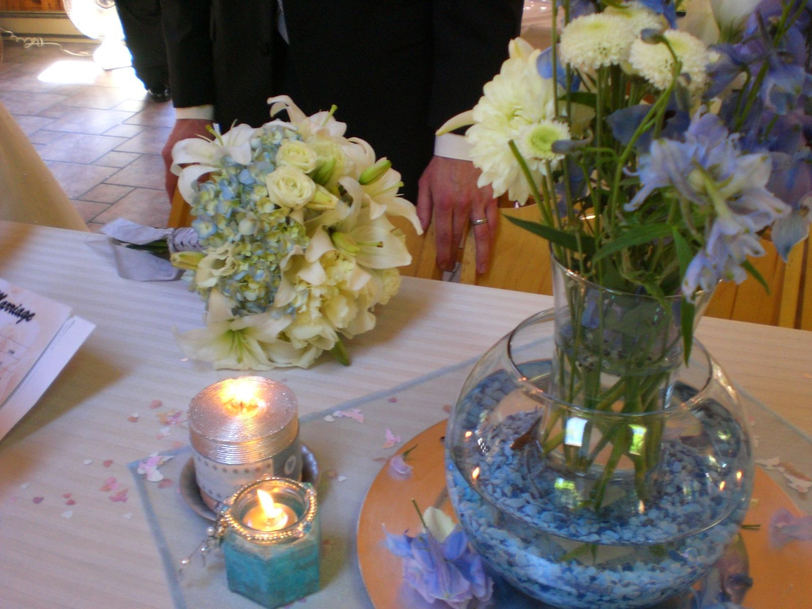 fish bowl vase of fish bowl centerpieces wedding ideas pinterest fish bowl with fish bowl centerpieces
