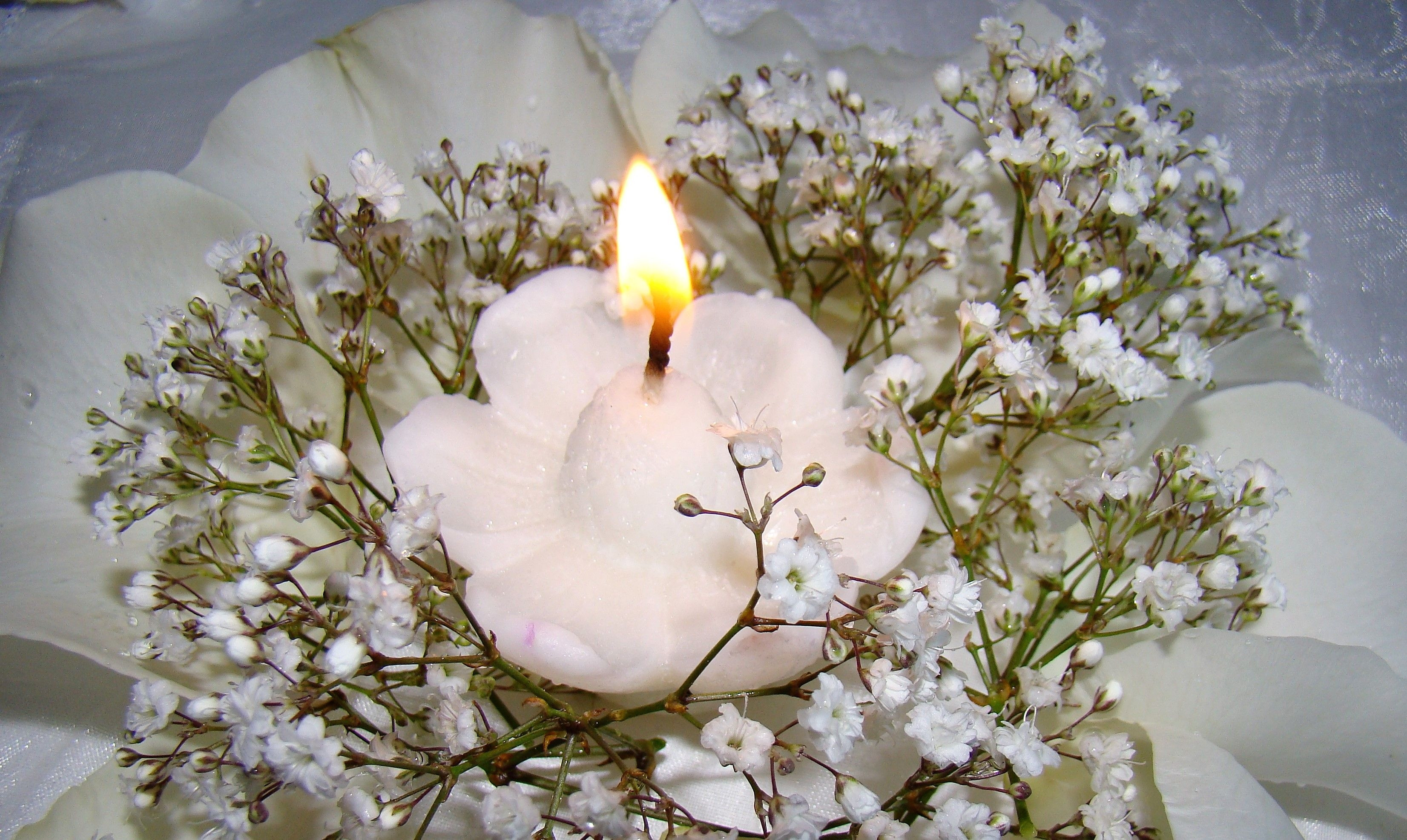 floating candle vases centerpieces of candles decoration on the table floating candles cylinder vases pertaining to candles decoration on the table pure white floating candle wedding centerpiece table decor reception of candles