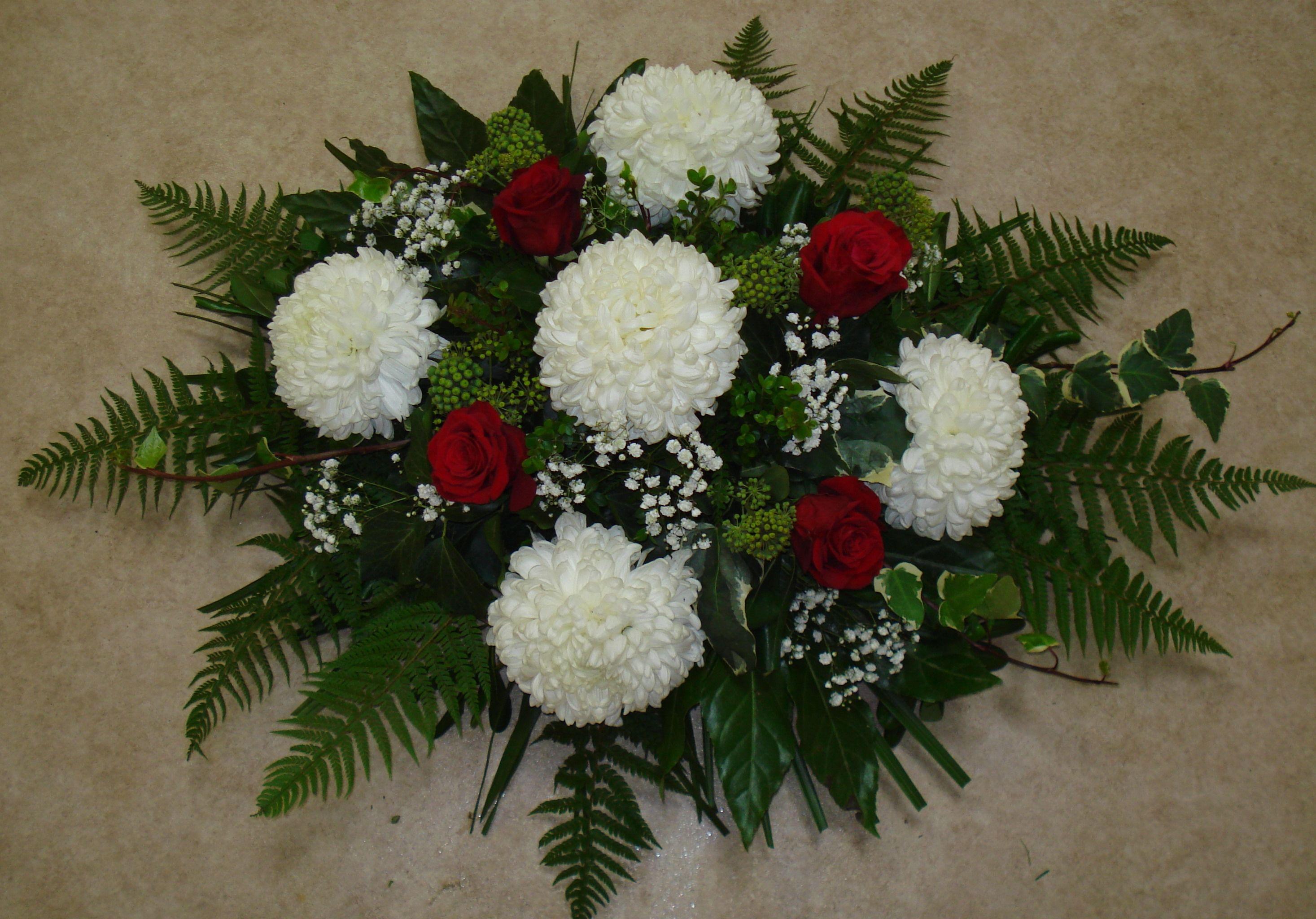 floor vase floral arrangements of slikovni rezultat za aranac2bemani od krizantema i apina funeral in slikovni rezultat za aranac2bemani od krizantema i apina funeral arrangements flower arr