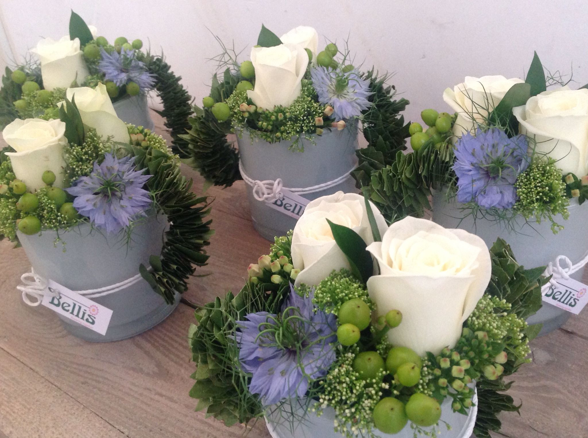 floral arrangements with fruit in vase of tafelstukjes communie virag doboz pinterest flowers flower for floral design a· fruit flowers a· small flowers a· tafelstukjes communie