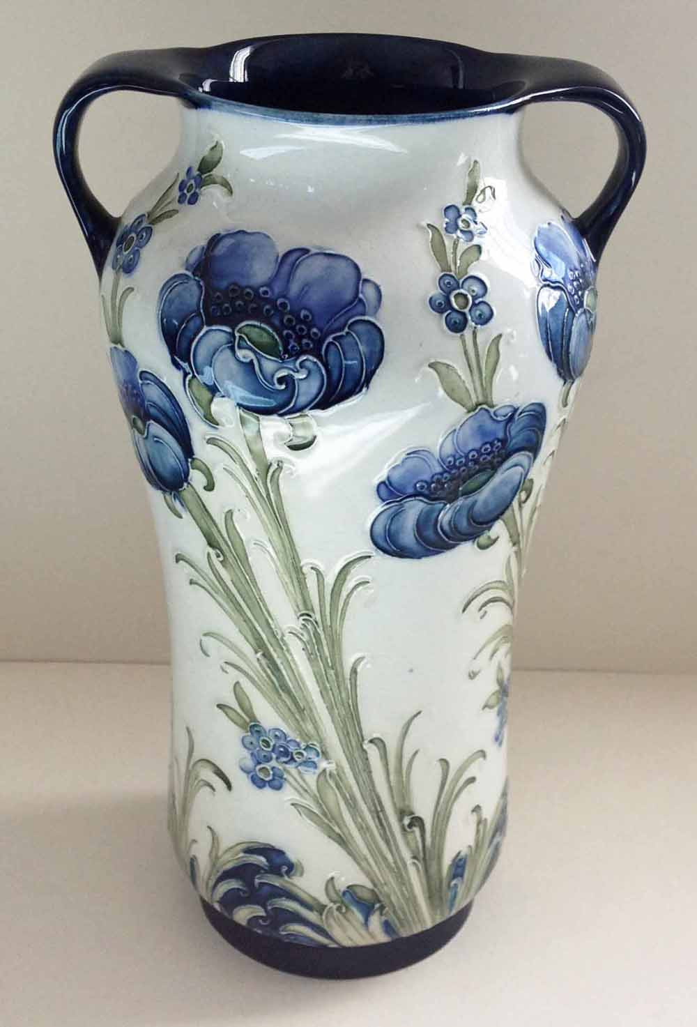 florian ware vase of lot preview moorcroft vases townsend auctions norfolks quality pertaining to william moorcroft white two handled vase with blue poppy pattern