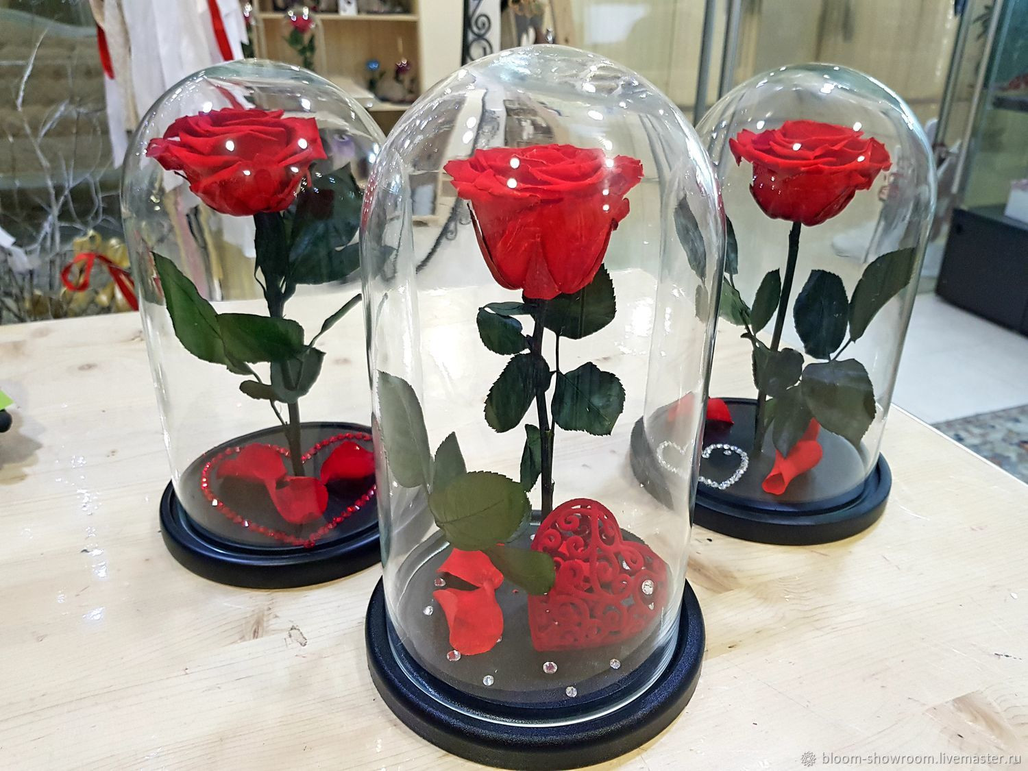 flowers and vase delivery of rose in the flask wholesale delivery russia shop online on in rose in the flask wholesale delivery russia bloom showroom