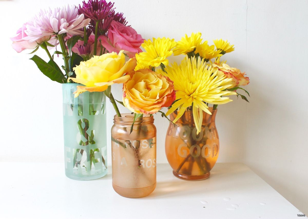 14 Awesome Flowers In Small Glass Vases