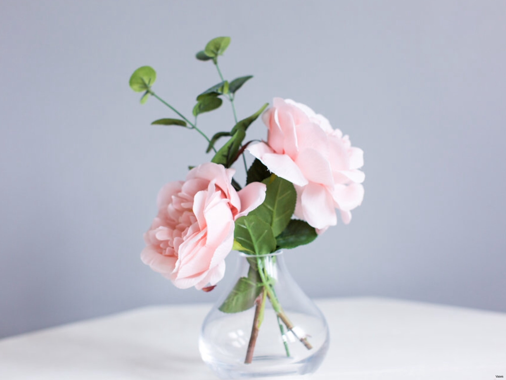 14 attractive Flowers with Vase Free Delivery