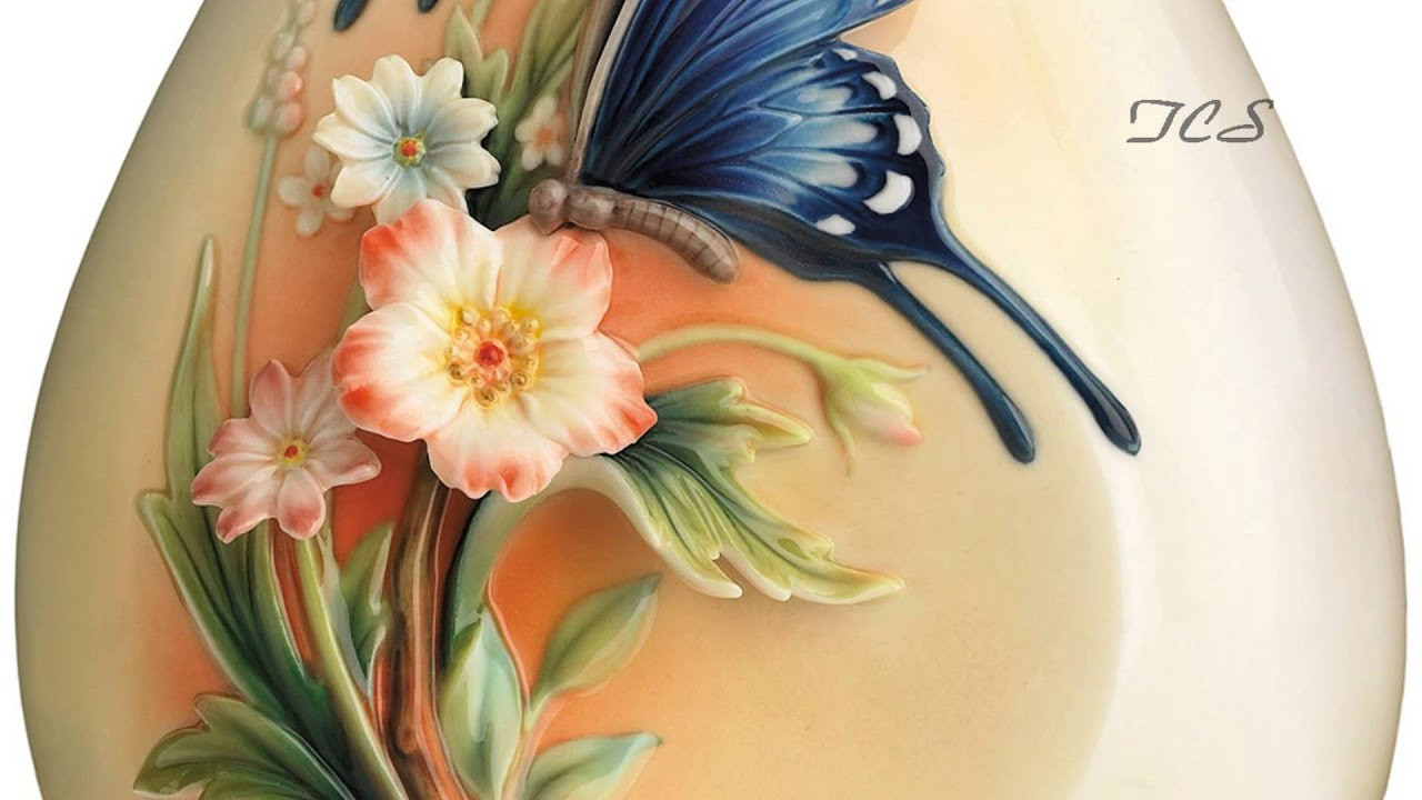 Franz Porcelain butterfly Vase Of Franz Porcelain Fluttering Beauty Flower and butterfly Small Vase for Franz Porcelain Fluttering Beauty Flower and butterfly Small Vase