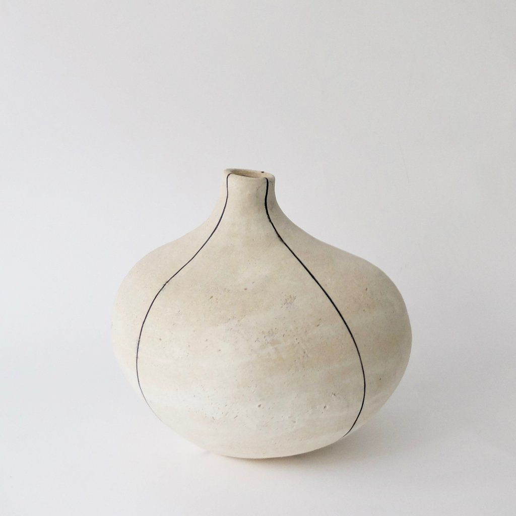 frog vase pottery of yoko komae cream vase with charcoal lines some clay and some fire pertaining to yoko komae cream vase with charcoal lines