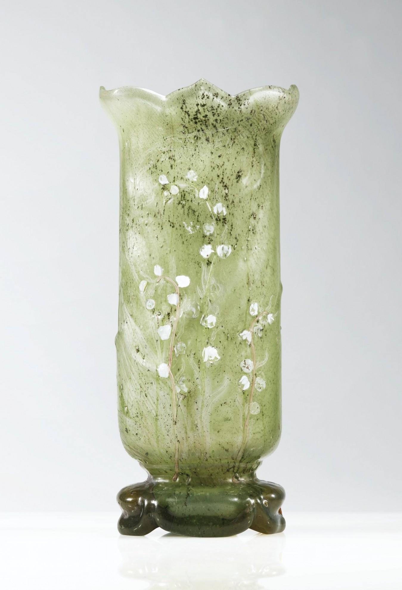 galle cameo glass vase of lesmeubles vase en verre lesmeubles pertaining to image de lesmeubles emile galla a marqueterie sur verre wheel carved glass vase circa