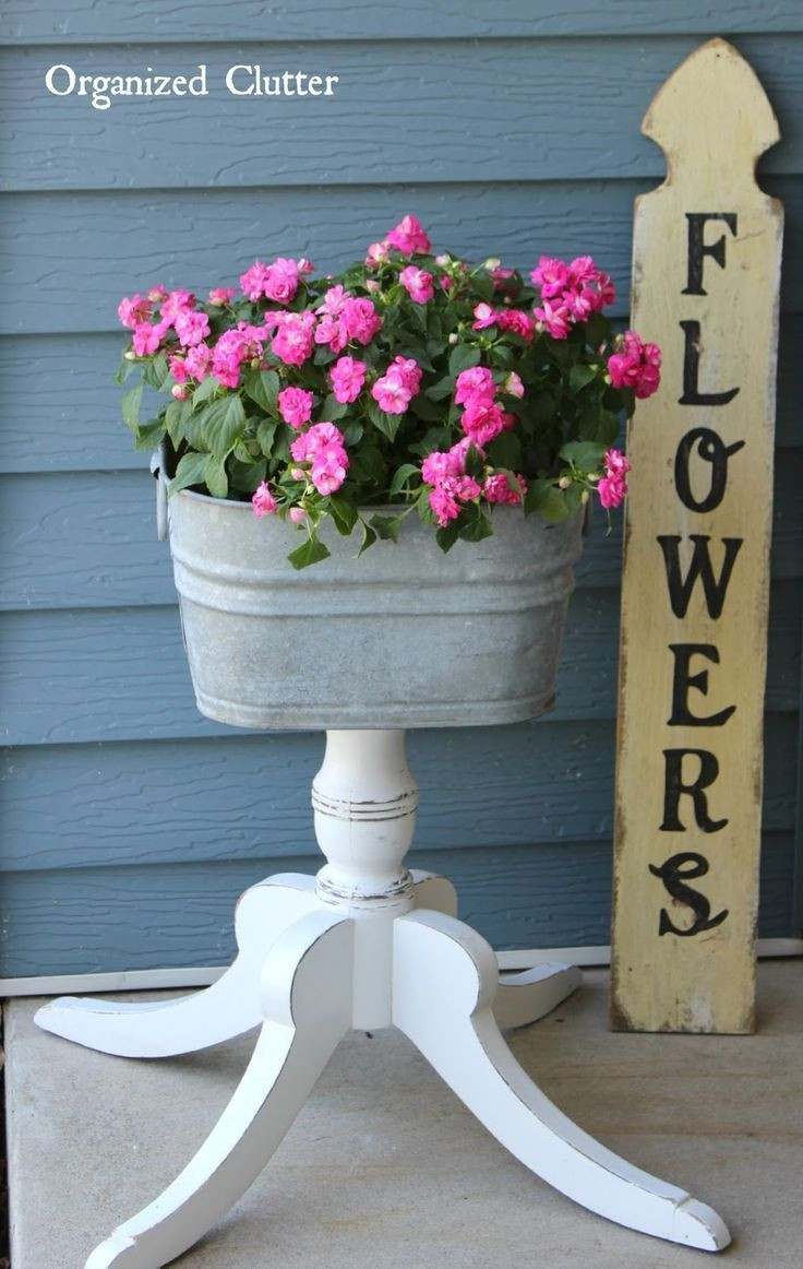 Galvanised Flower Vase Of 23 Best Galvanized Planters Images On Pinterest Garden Junk Yard within organized Clutter Fun Flirty Legs for A Laundry Tub Junk Garden Planter Gardenjunk
