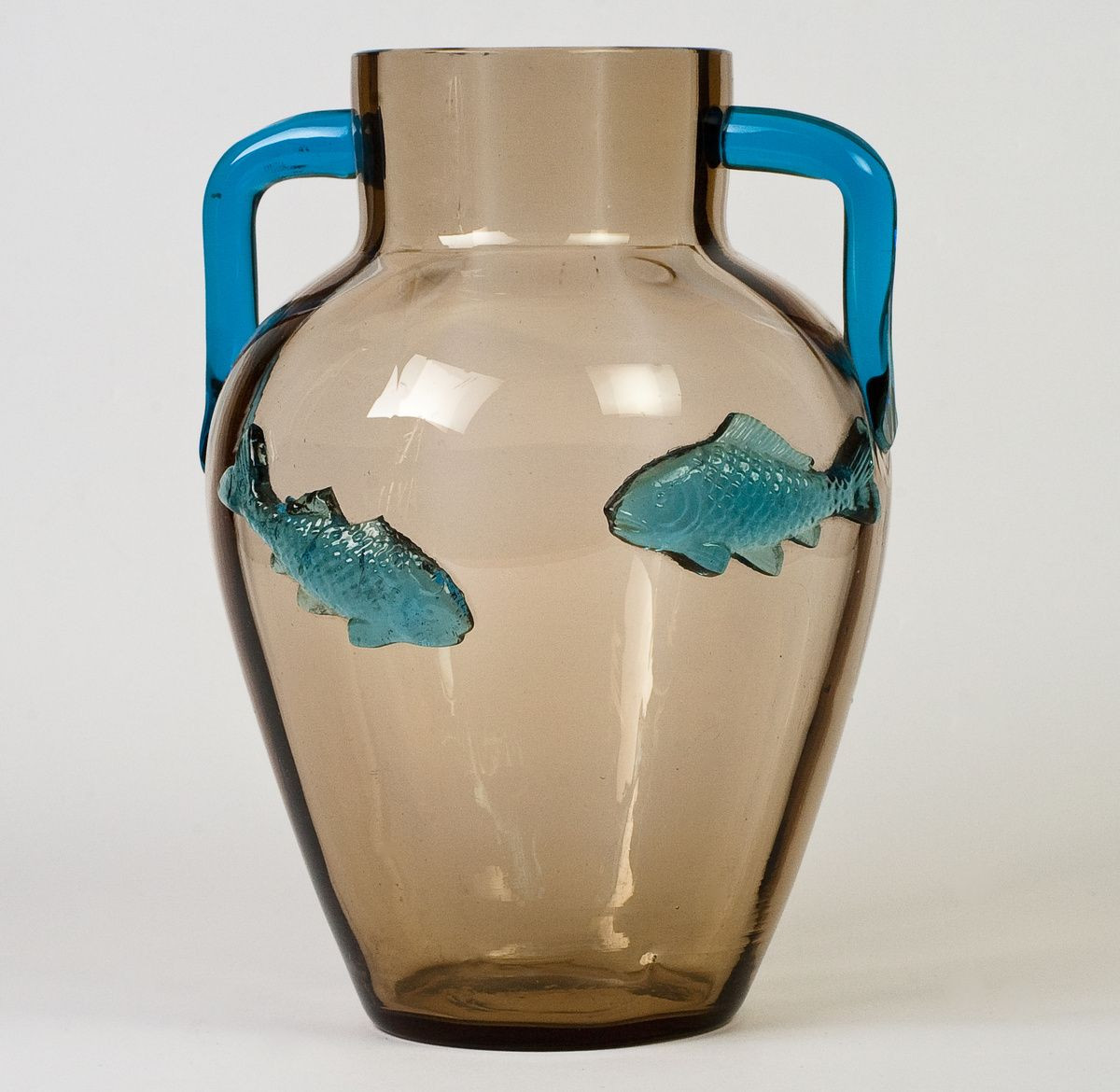 glass vase for fish of harrach fish vase isnt the design amazing the fun in collecting throughout harrach fish vase isnt the design amazing