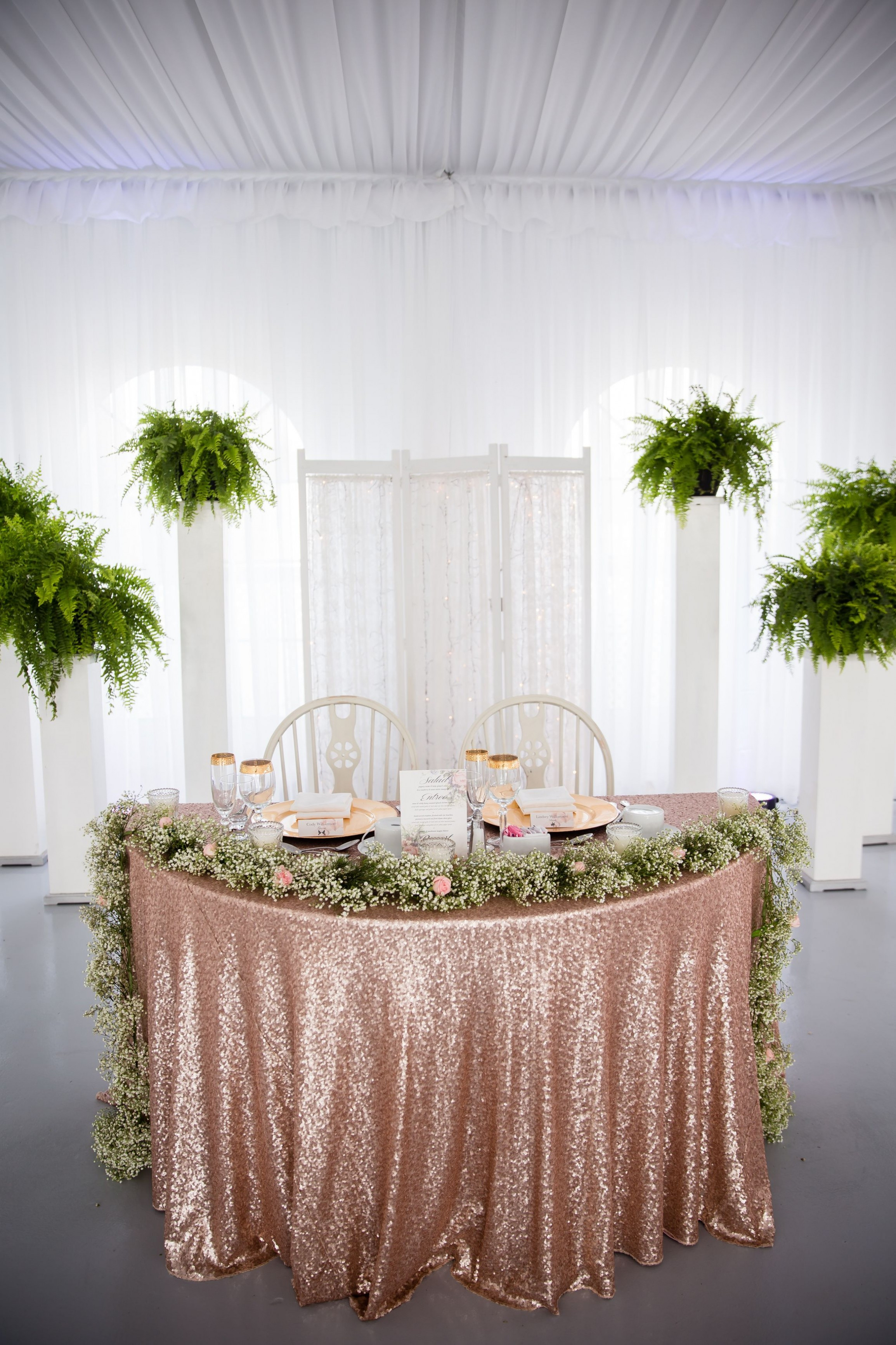 Gold Glitter Vase Of Lesmeubles Mirrored Square Vase 3h Vases Mirror Table Decorationi Regarding Image De Lesmeubles Our Sweetheart Table Rose Gold Glitter Table Cloth with Baby S