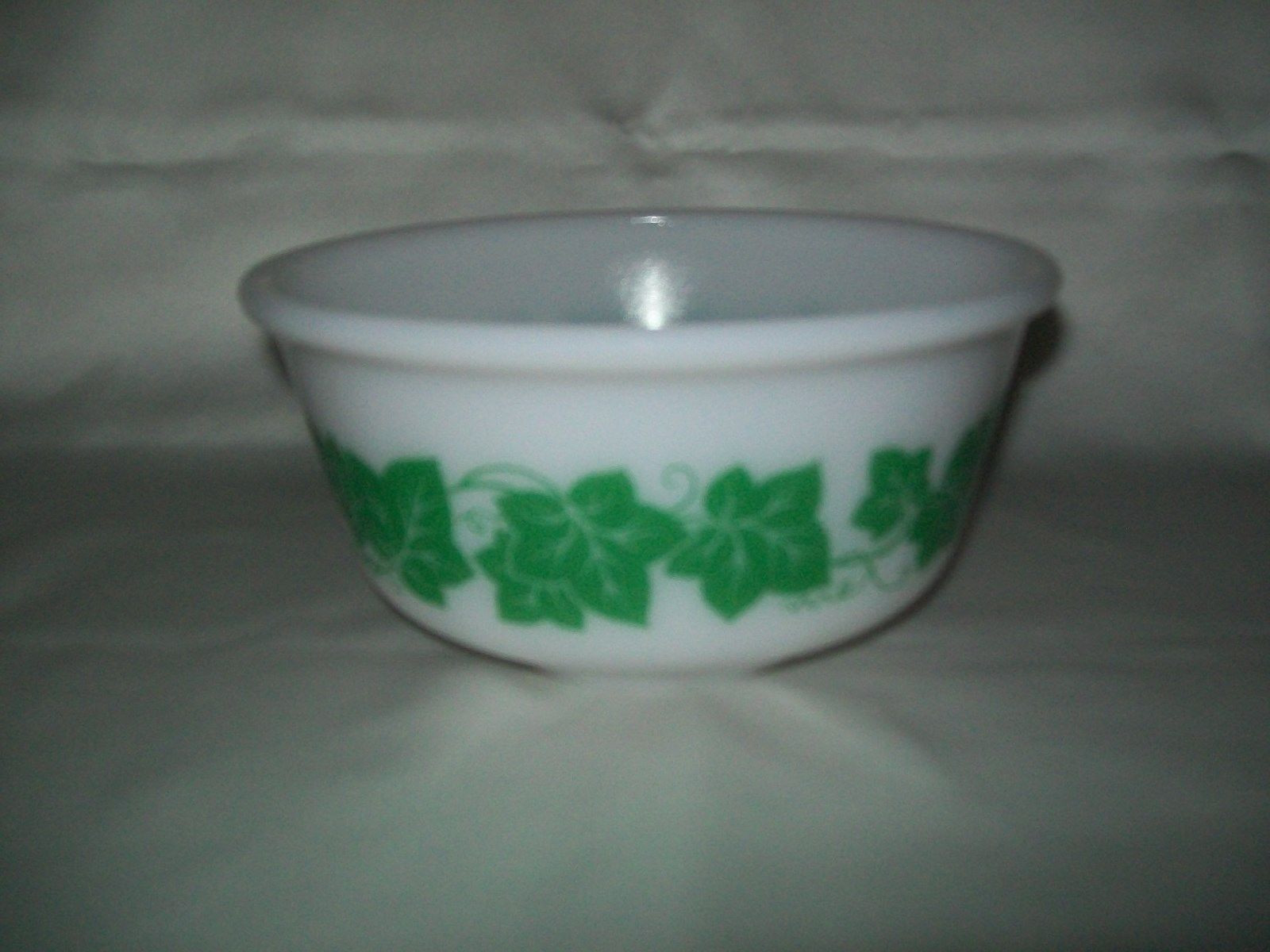 green milk glass vase of hazel atlas ivy milk glass nesting mixing bowl 1 qt 7 8 99 pertaining to 1 of 1only 1 available