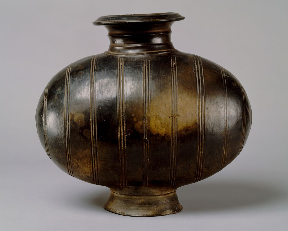 han dynasty vase value of cocoon shaped vessel china western han dynasty 206 b c a d 9 with cocoon shaped vessel earthenware with incised decoration and burnishing china