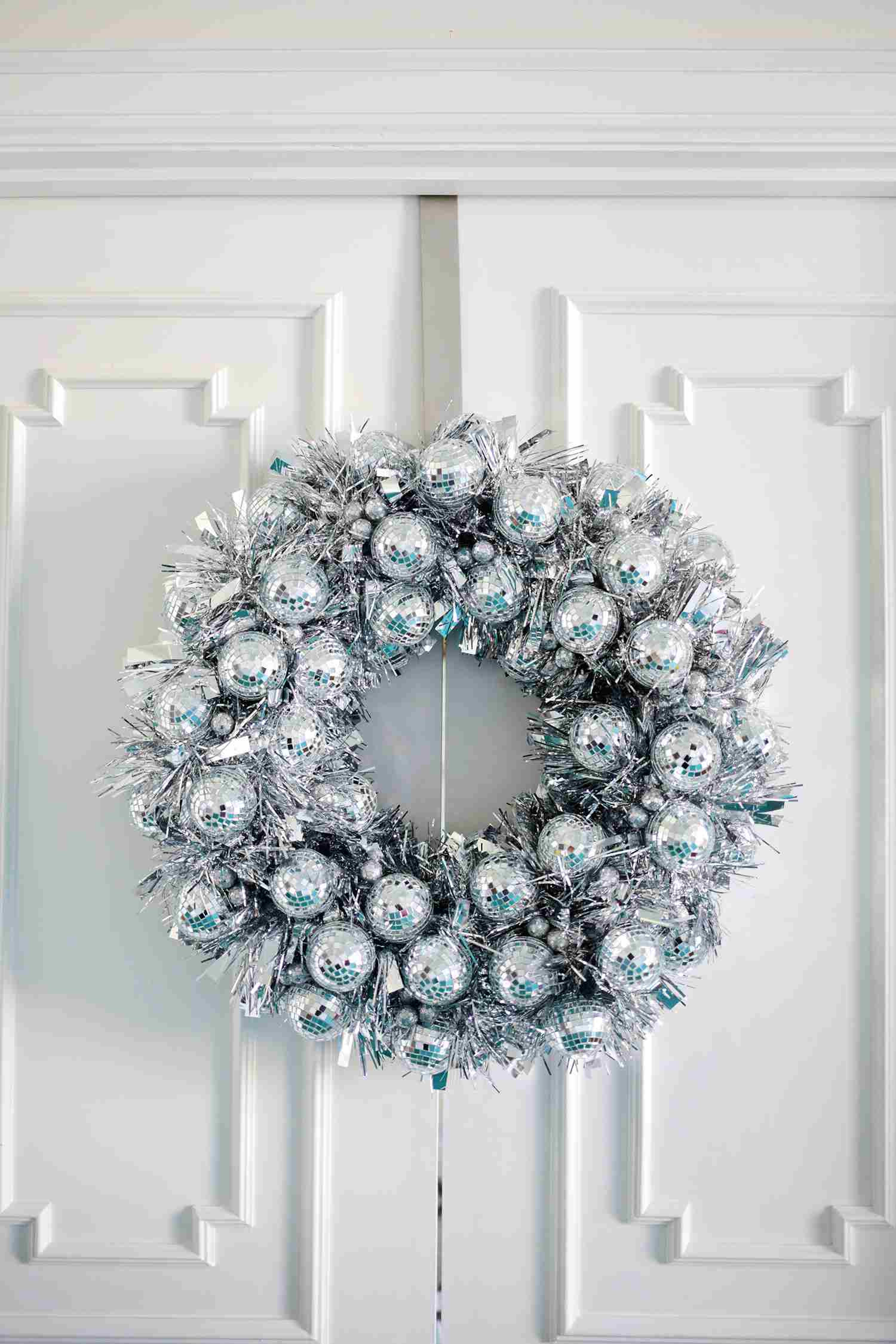 hanging glass ball vase of 18 sparkling diy disco ball projects for the holidays for disco ball wreath 57dd4a9a5f9b586516da42b2