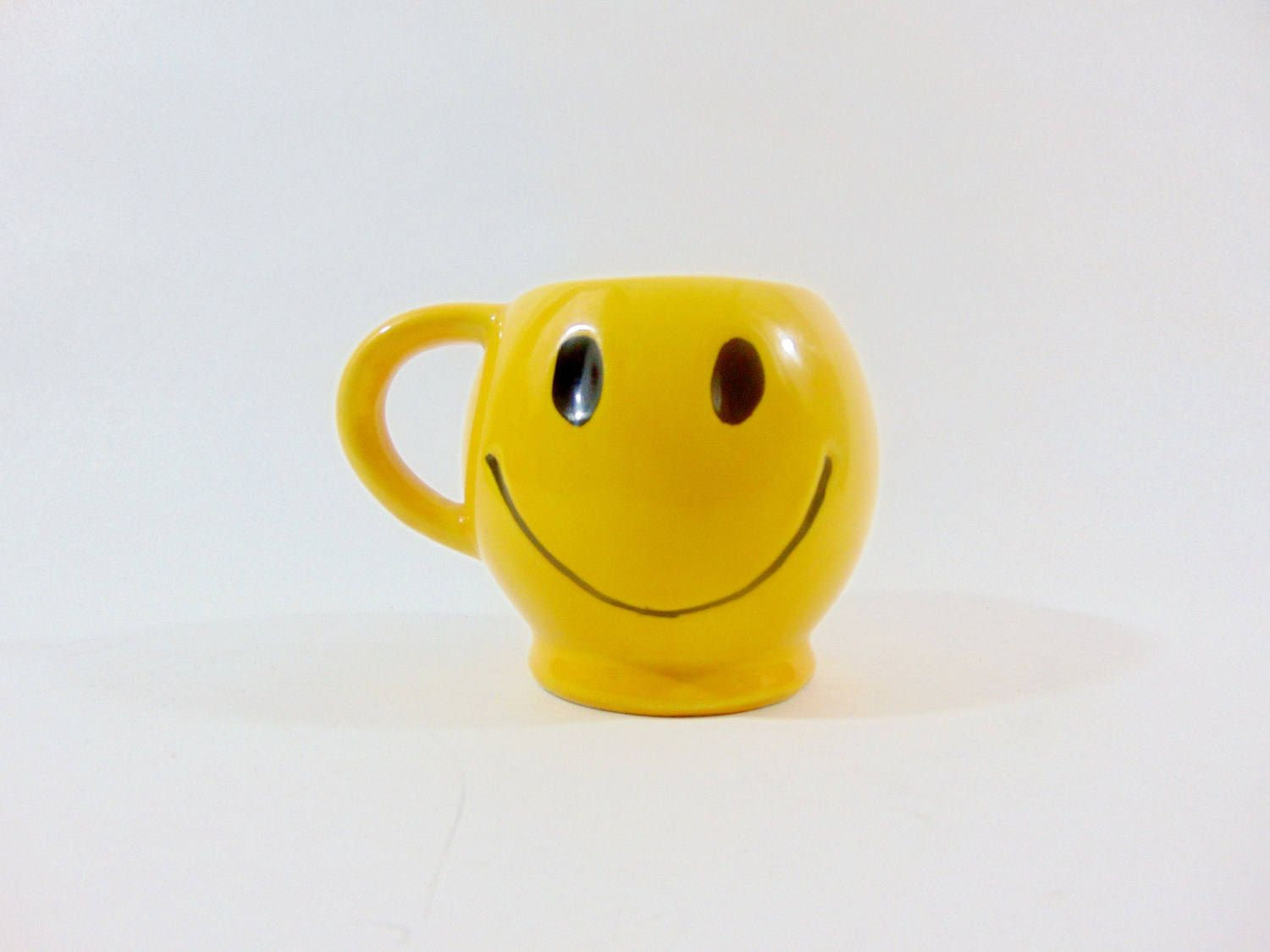 happy face vase of 1970s mccoy mccoy pottery happy face smiley face smiley face pertaining to 1970s mccoy mccoy pottery happy face smiley face smiley face mug