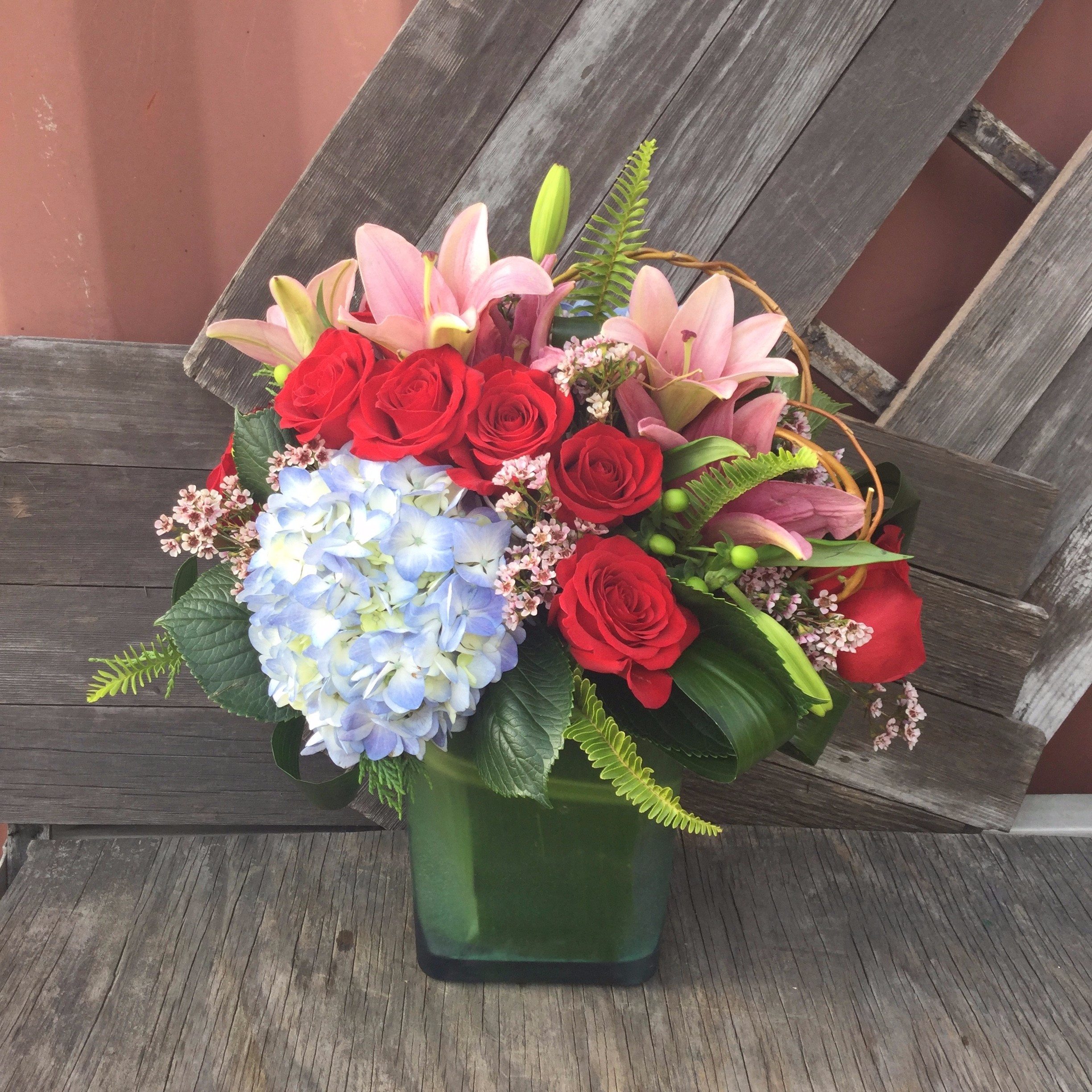 Headstone Vase Flower Arrangements Of New orleans Florist Flower Delivery by Monas Accents Pertaining to Extravagant Blooms