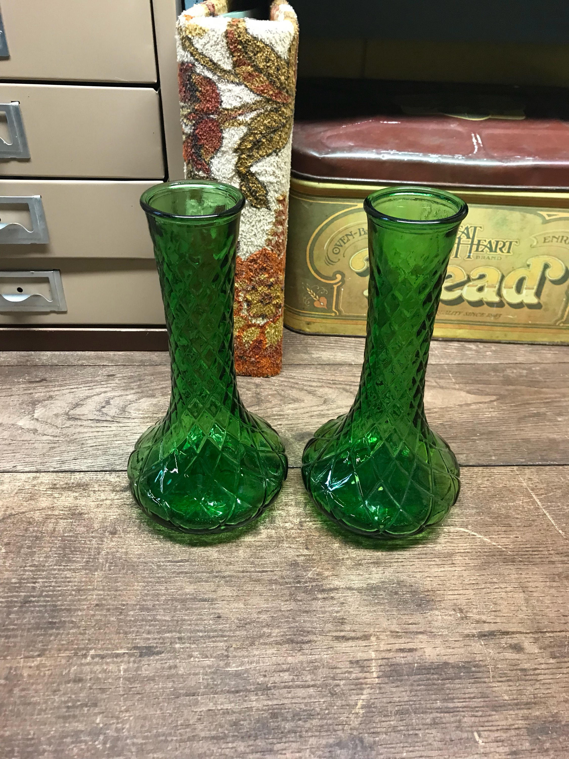 "Hoosier Glass Vase 4095 Of Vintage Vases Set Of 2 Diamond Pattern In DŸ""Žzoom"