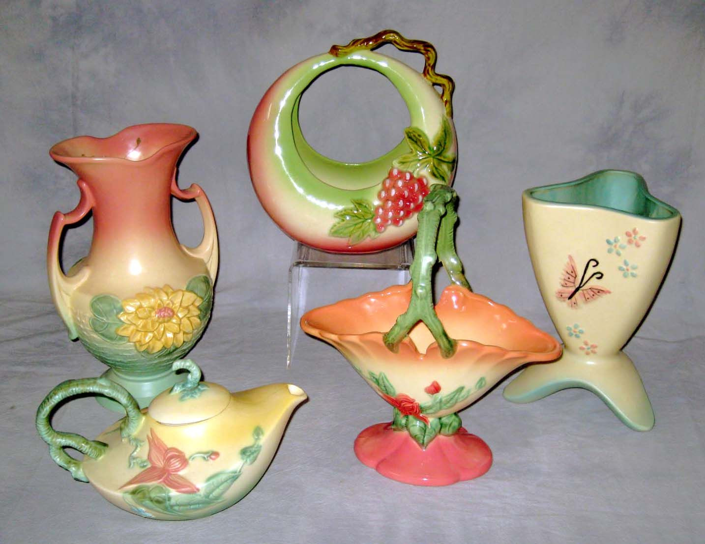 hull art pottery magnolia vase of hull art pottery hull pottery fenton ware siss collection within hull art pottery