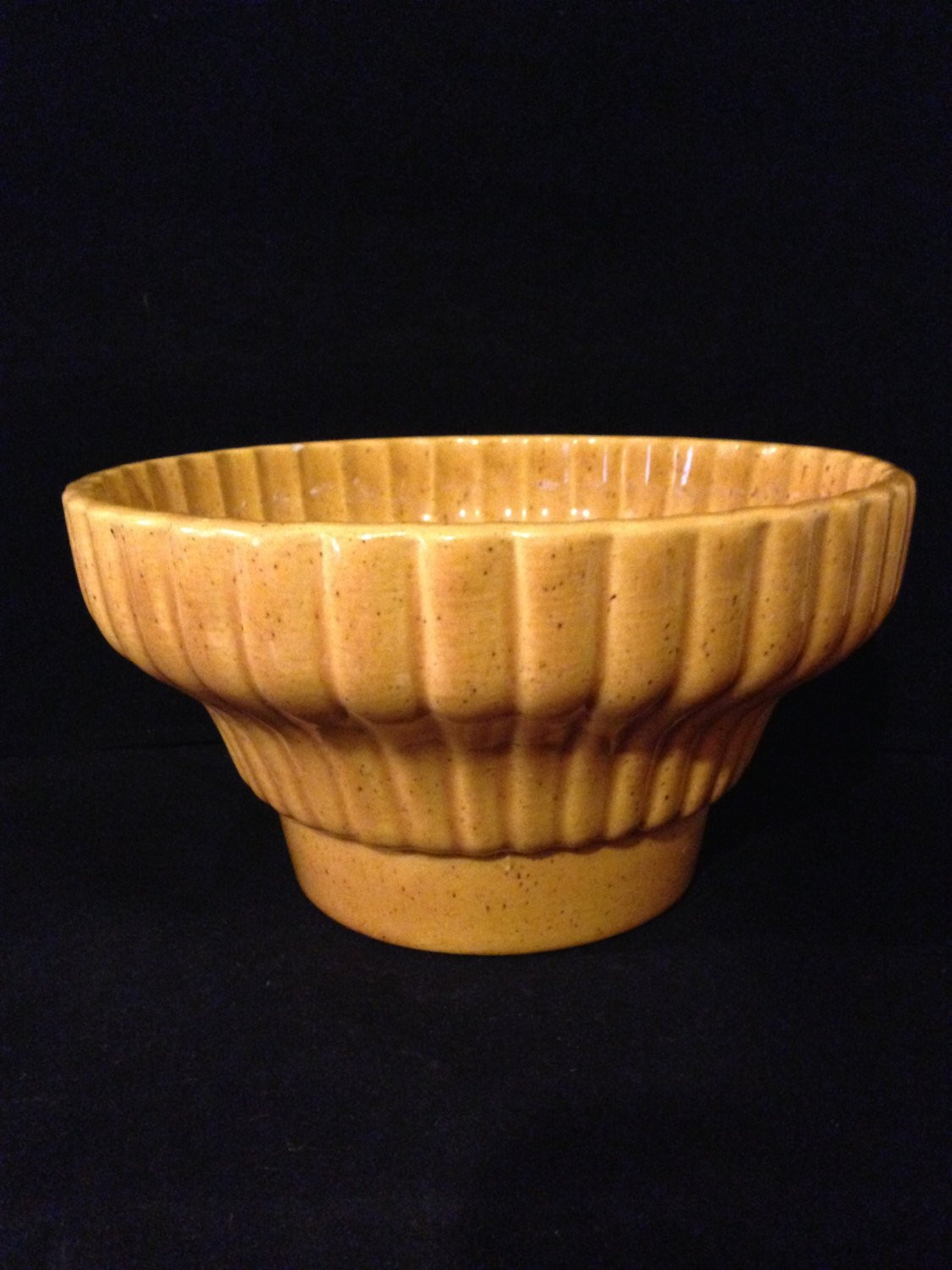 "Hyalyn Pottery Vase Of Vintage Haeger Pottery Bowl Gold Speckled Planter Rippled Etsy In DŸ""Žzoom"