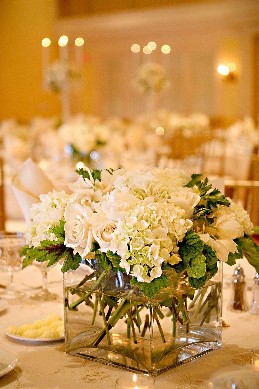 hydrangea centerpieces in square vases of hydrangea rose centerpiece hydrangea centerpieces and wedding with hydrangea rose centerpiece square vase