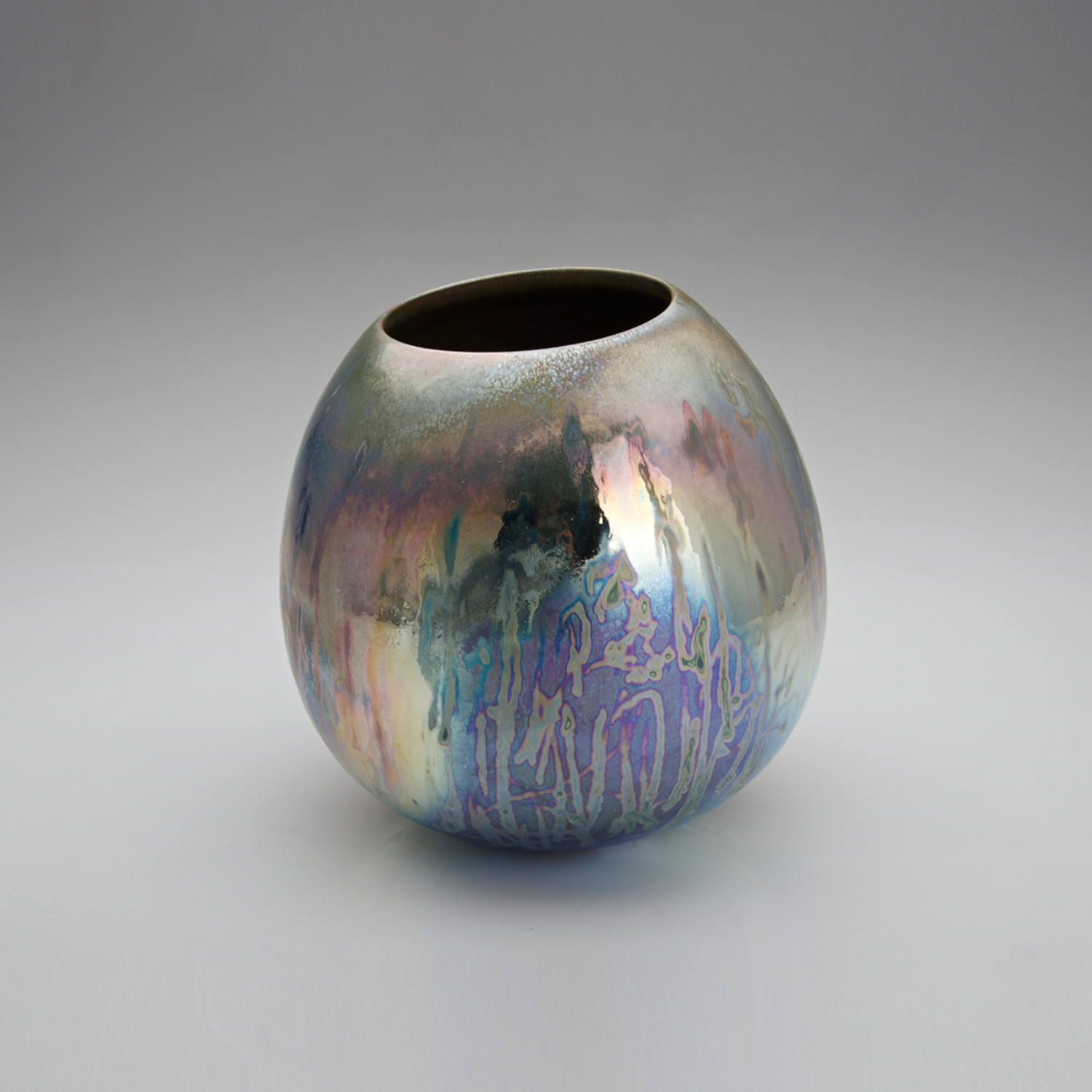 iridescent art glass vase of something blue ceramic masters sabbia gallery throughout blue sky breaking mist